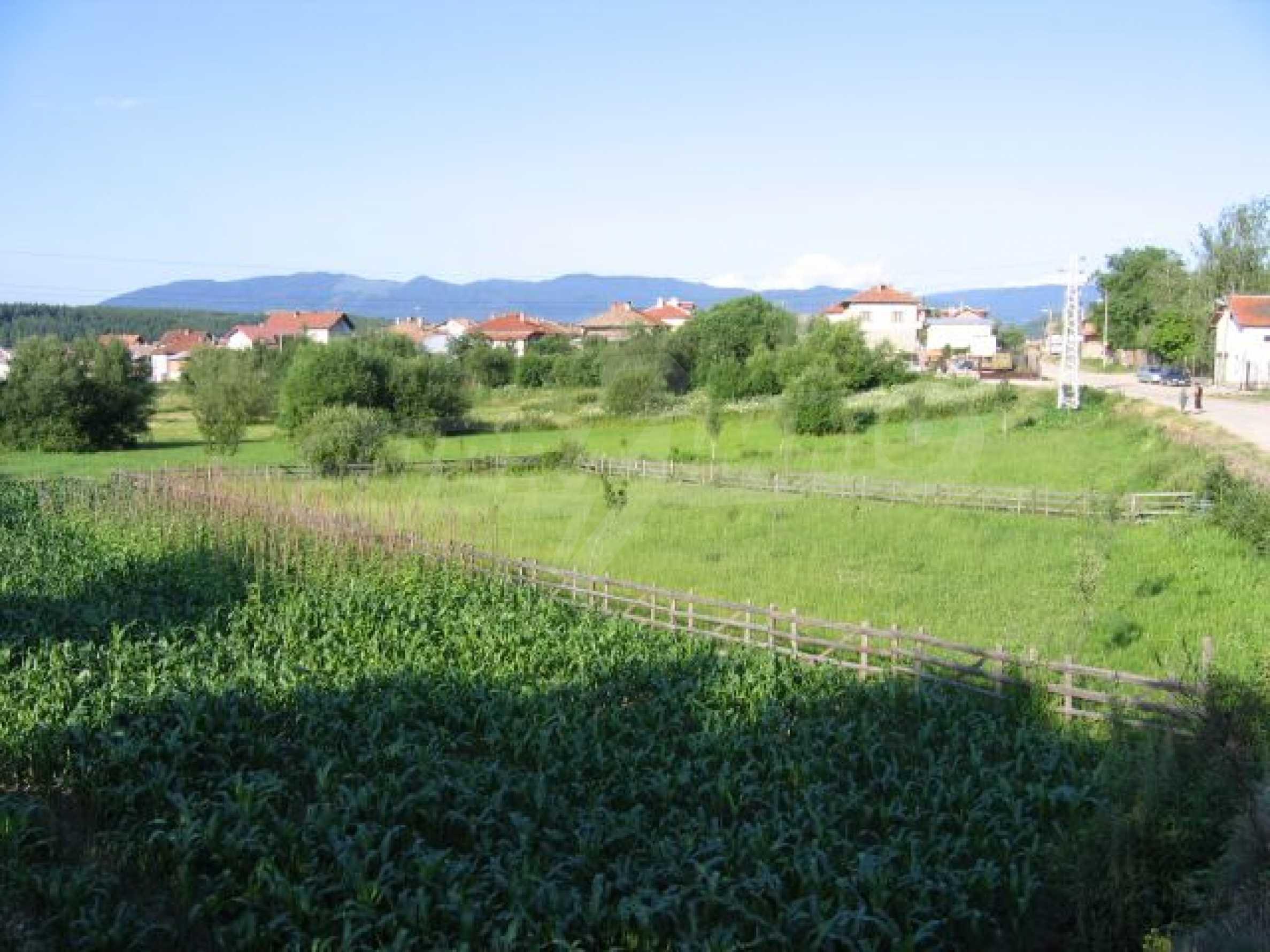 Plot of land for investment in Dobrinishte 1