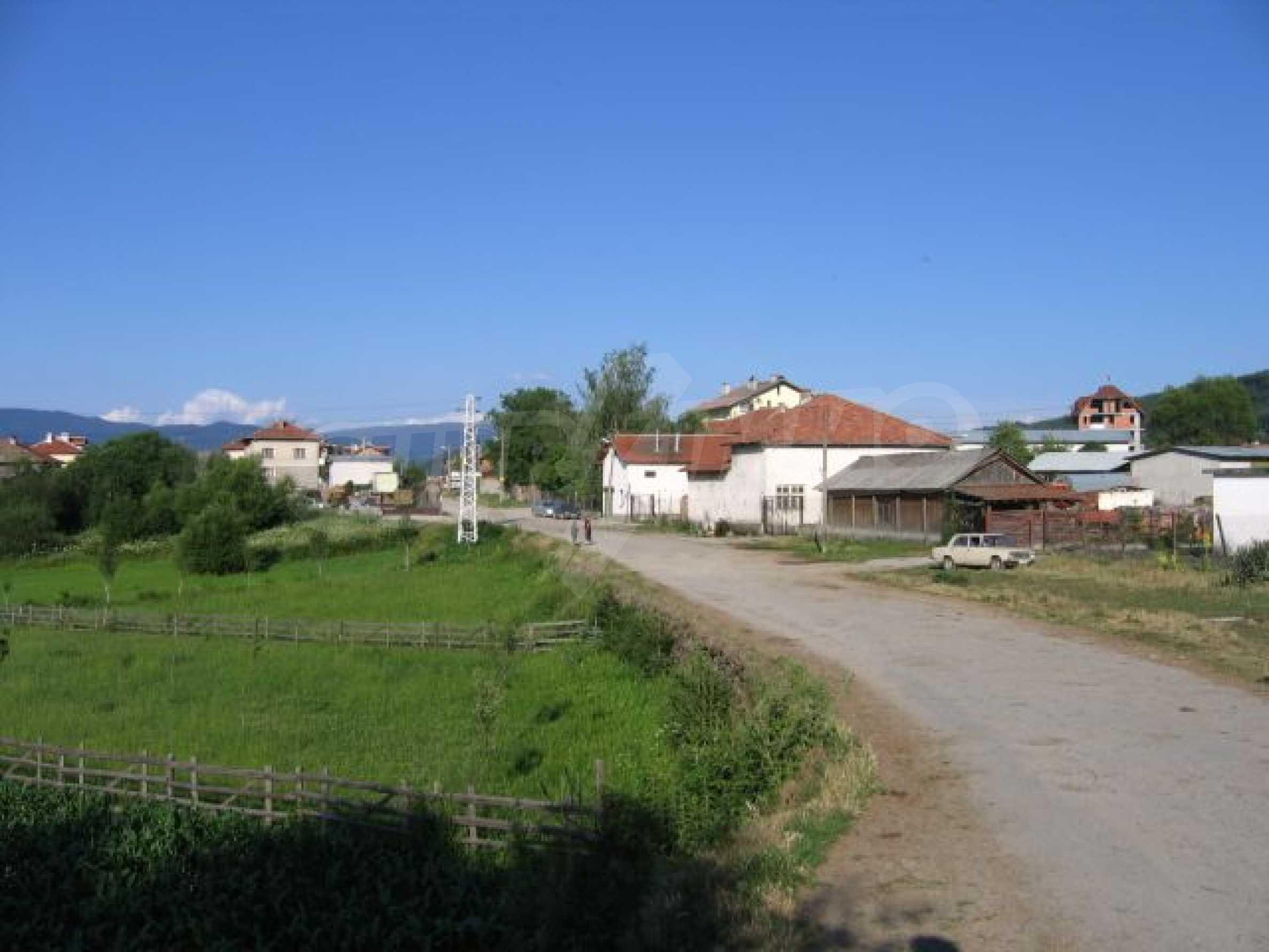Plot of land for investment in Dobrinishte 2