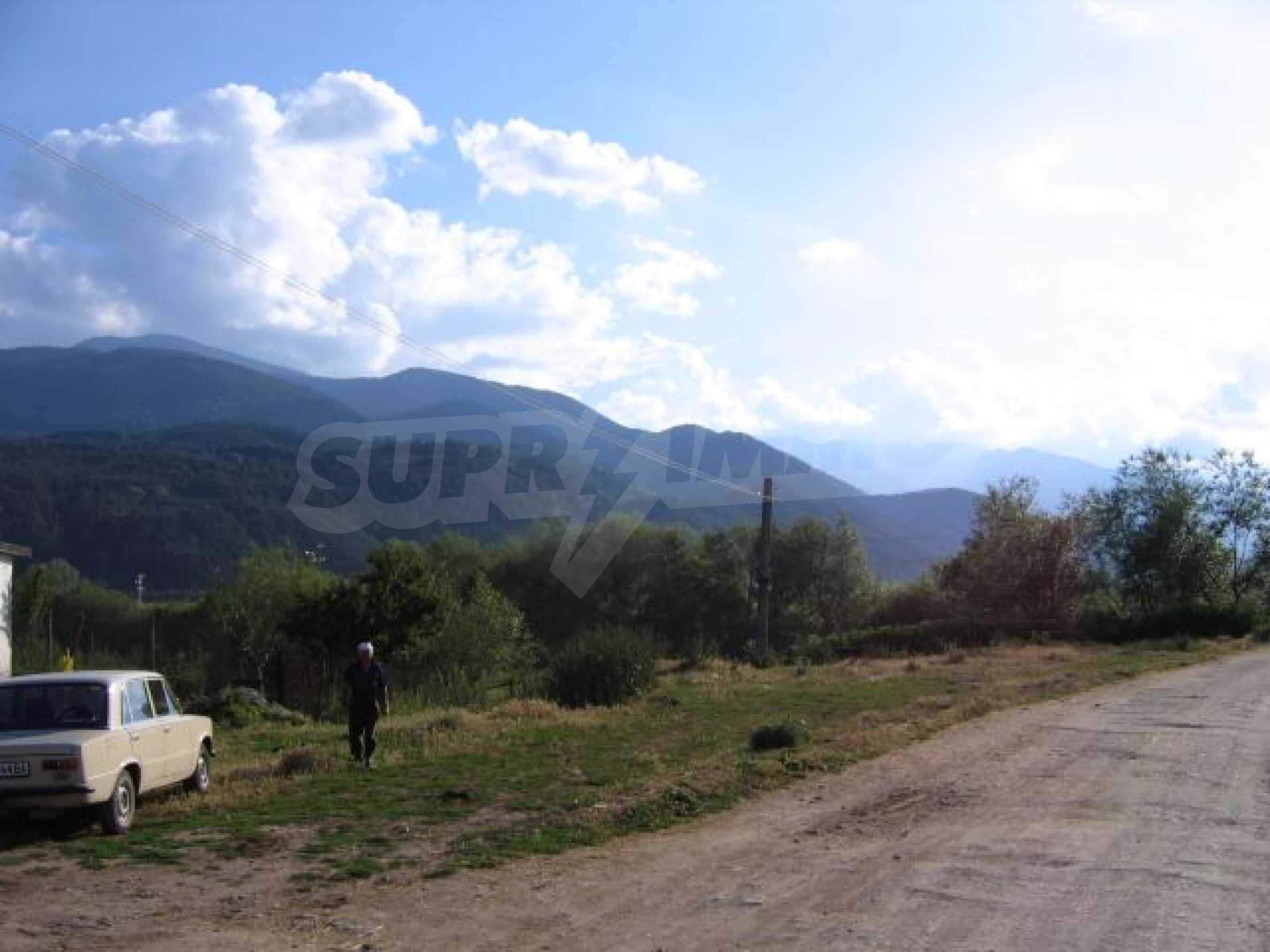 Plot of land for investment in Dobrinishte 6