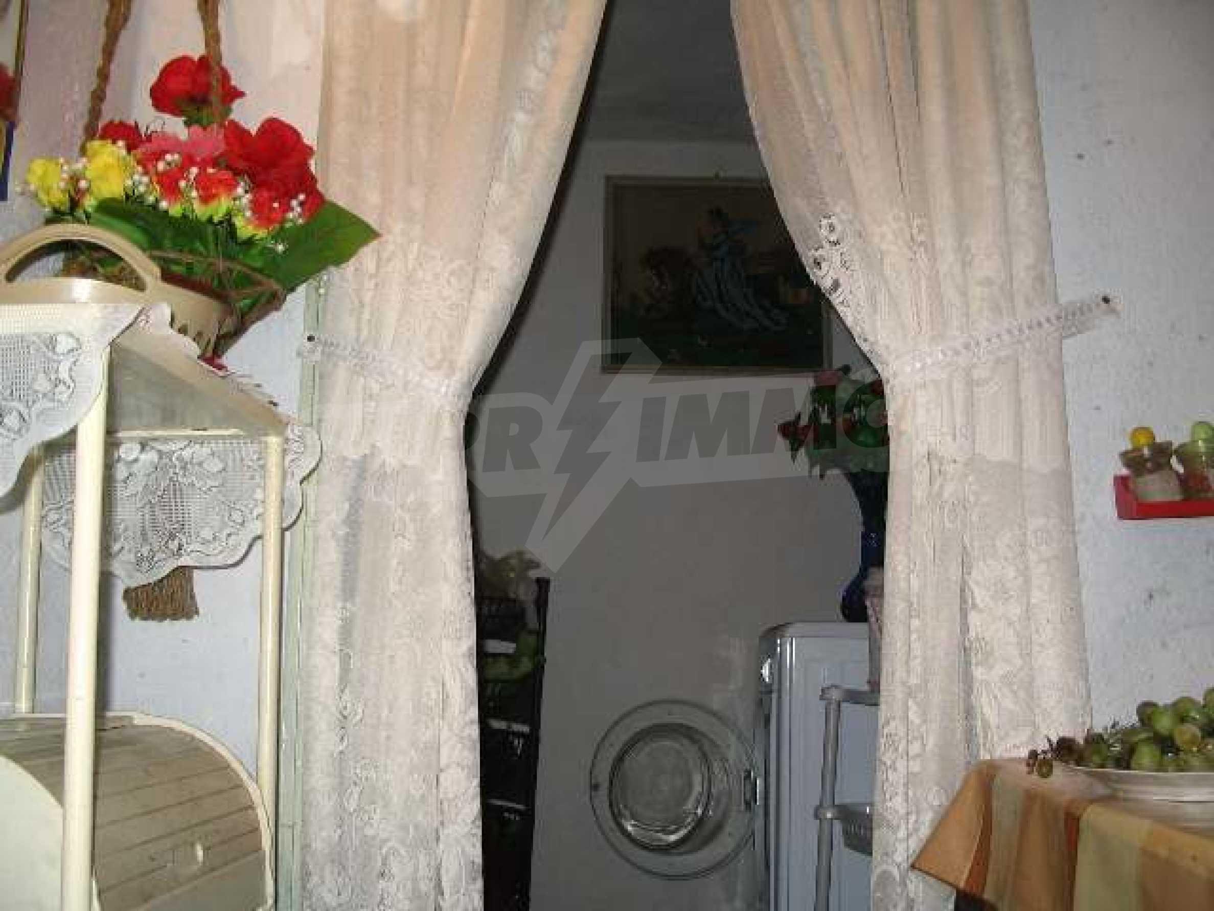 Дом вблизи г. Хасково 6