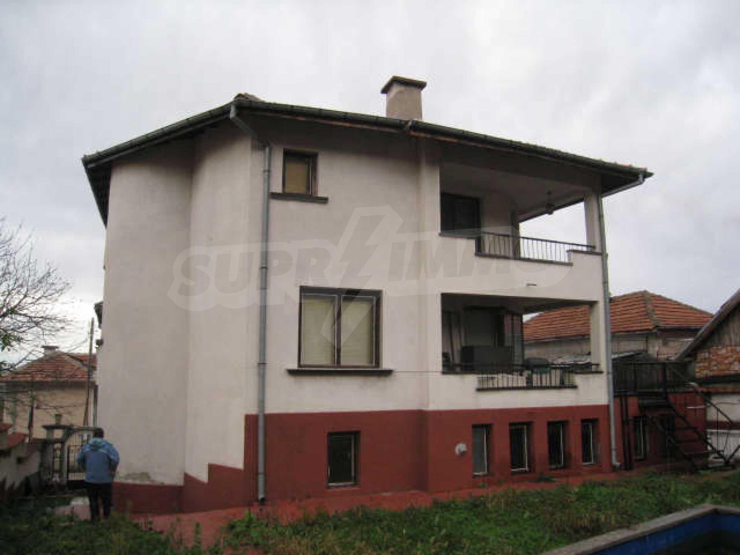 Продажа дома вблизи г. Враца 1