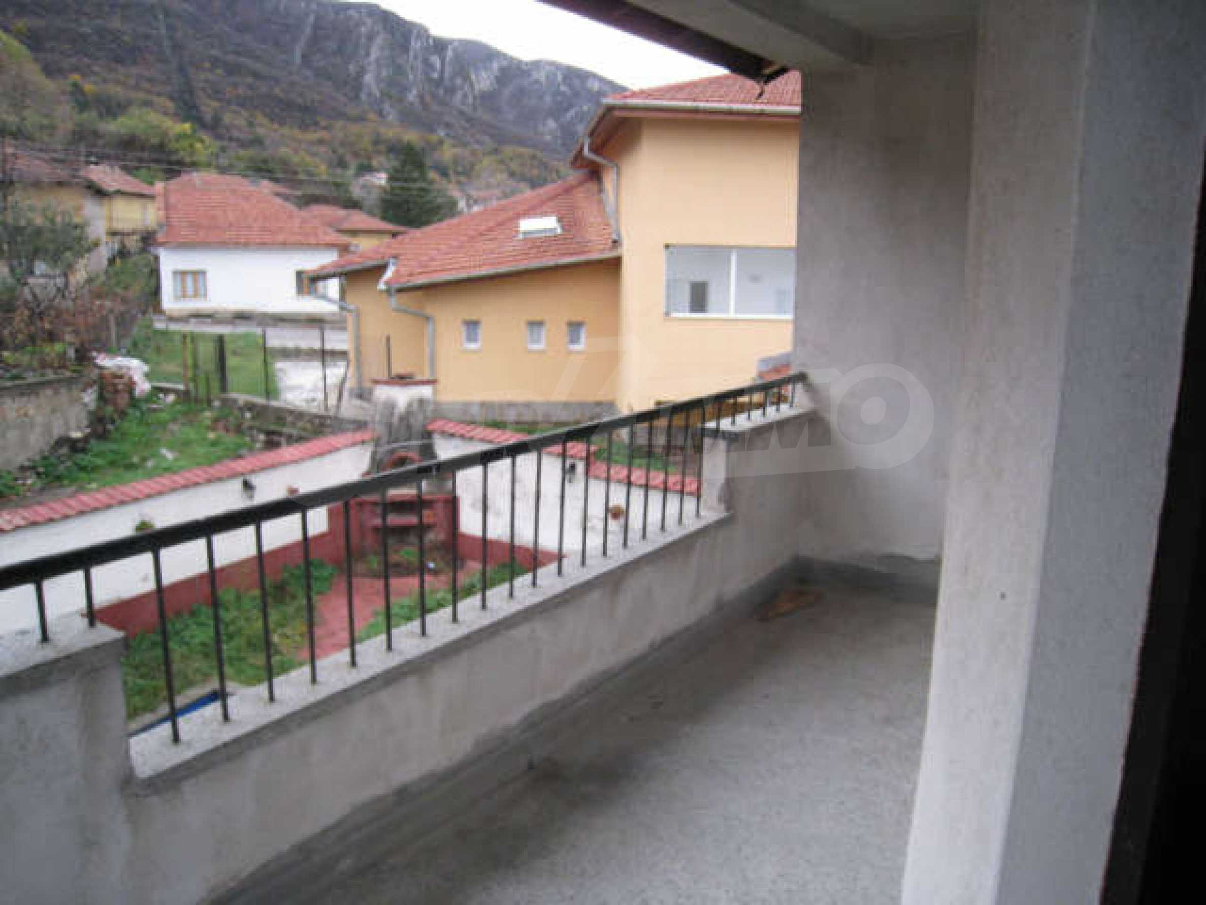 Продажа дома вблизи г. Враца 21