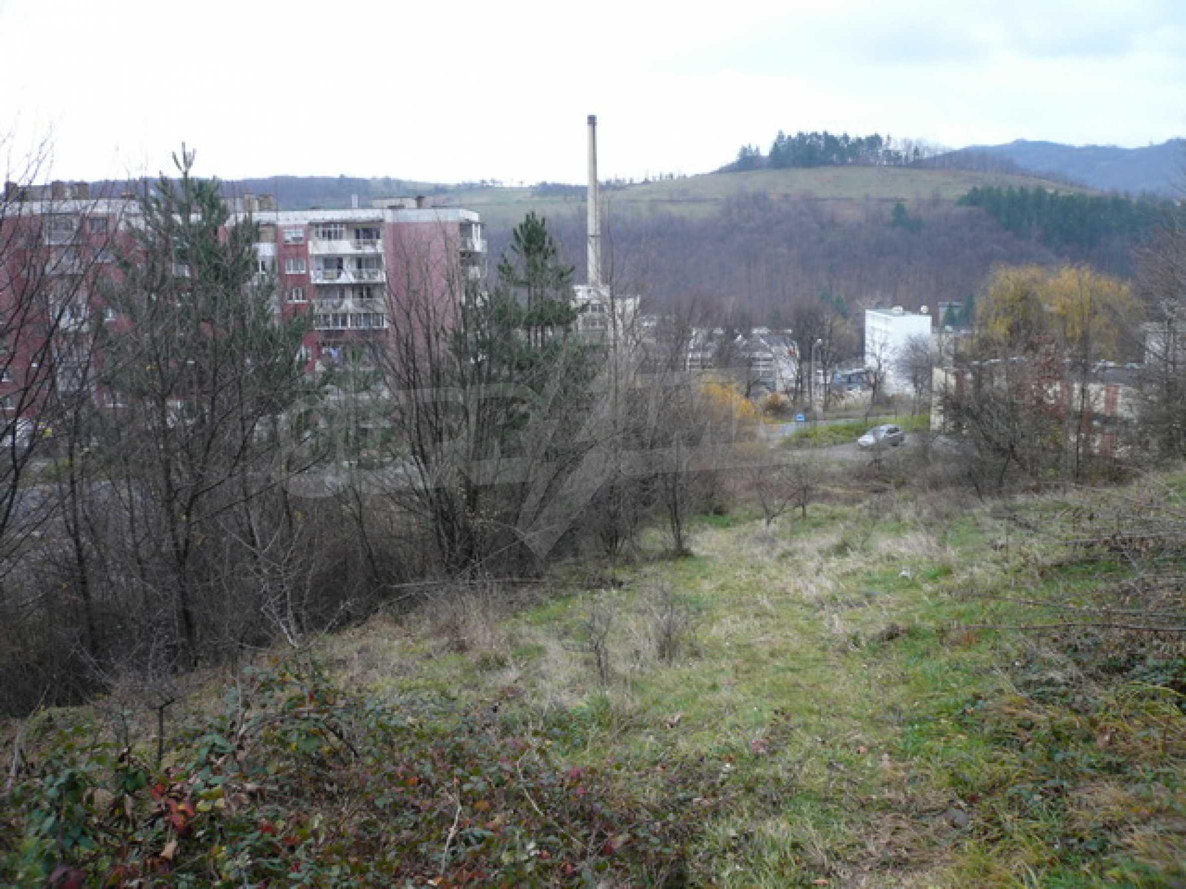Продажа земли в г. Габрово 1