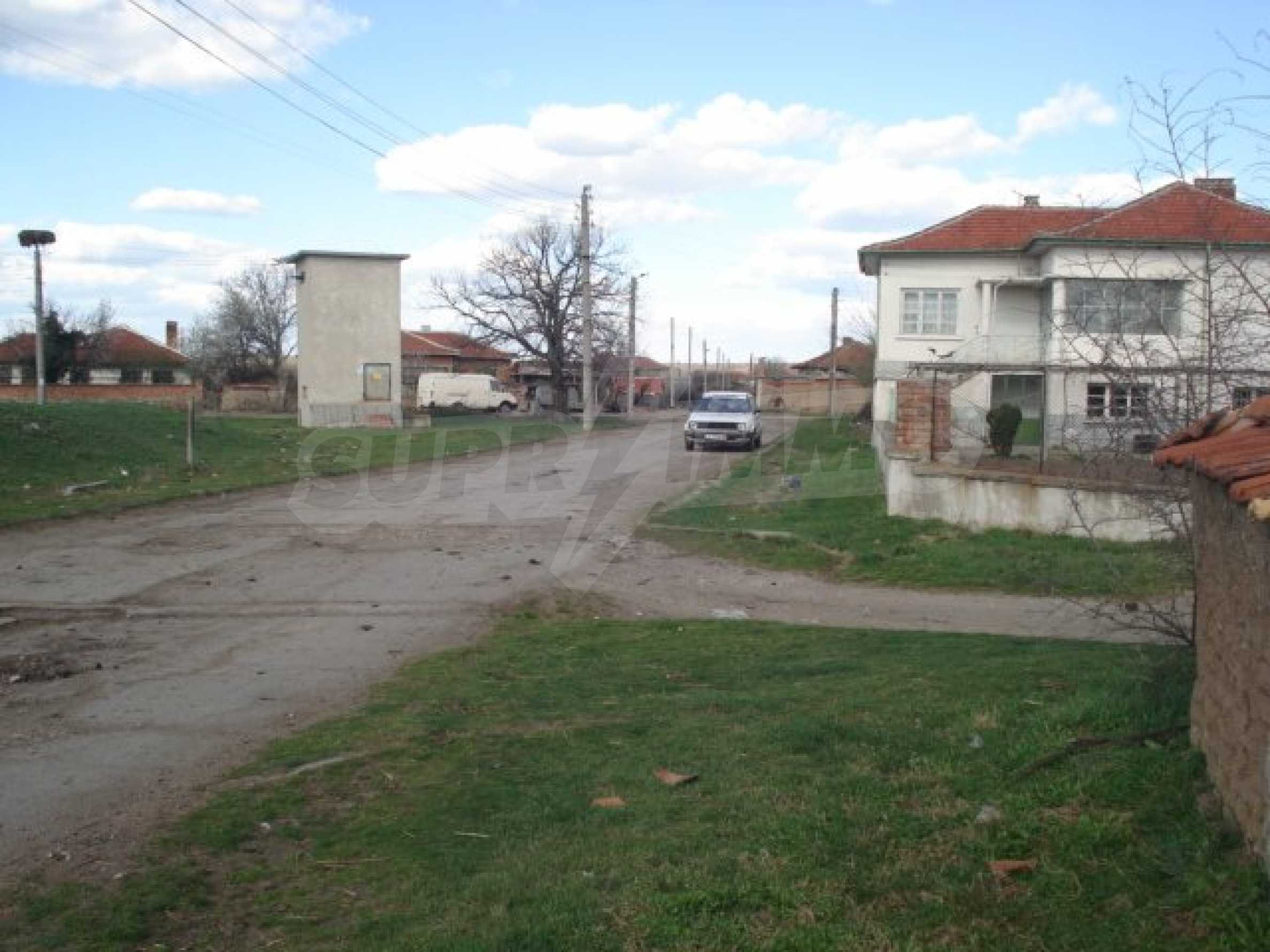 Дом вблизи г. Хасково 12
