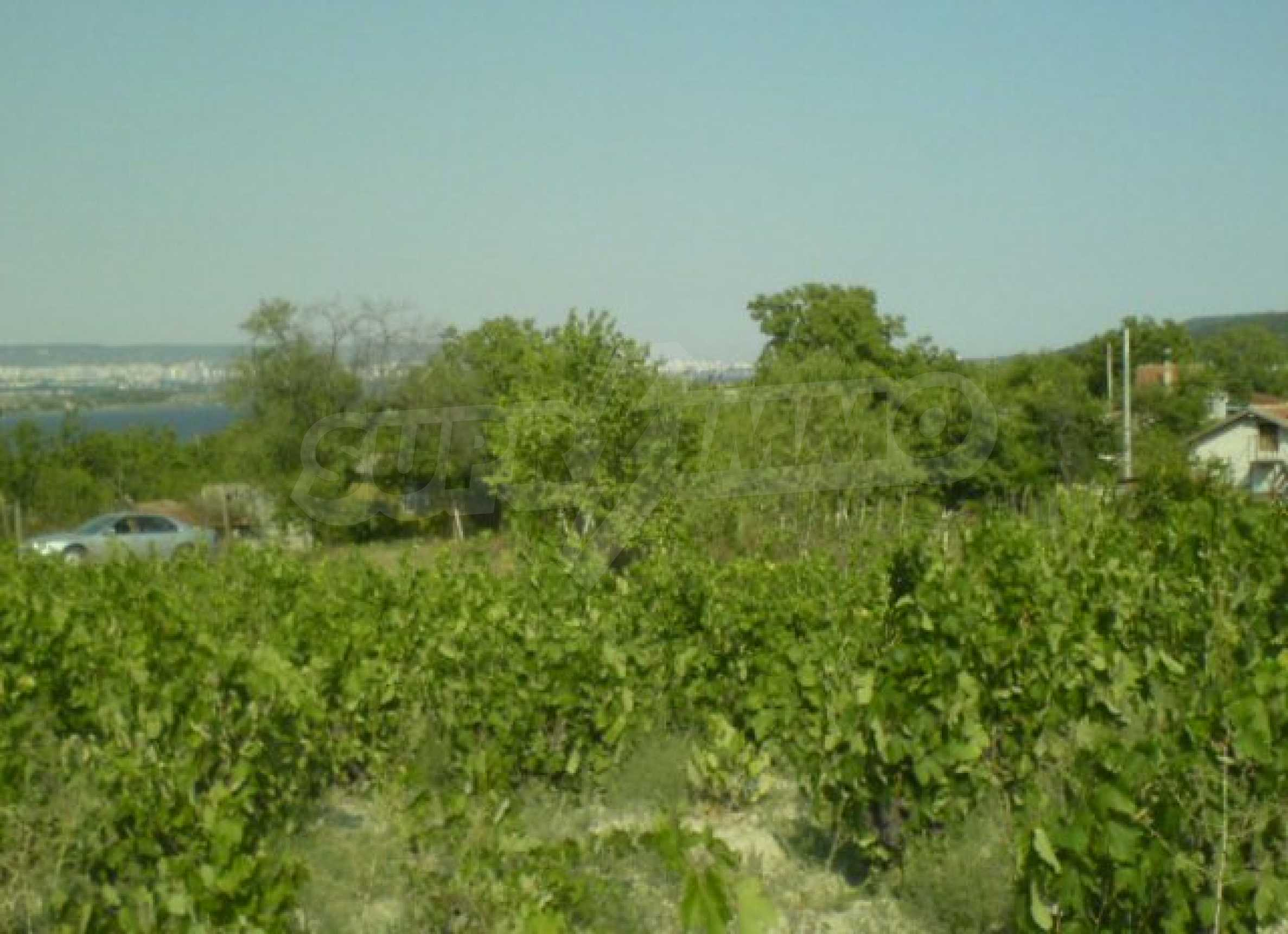 Regulated plot of land with sea view 5km away from Varna 1