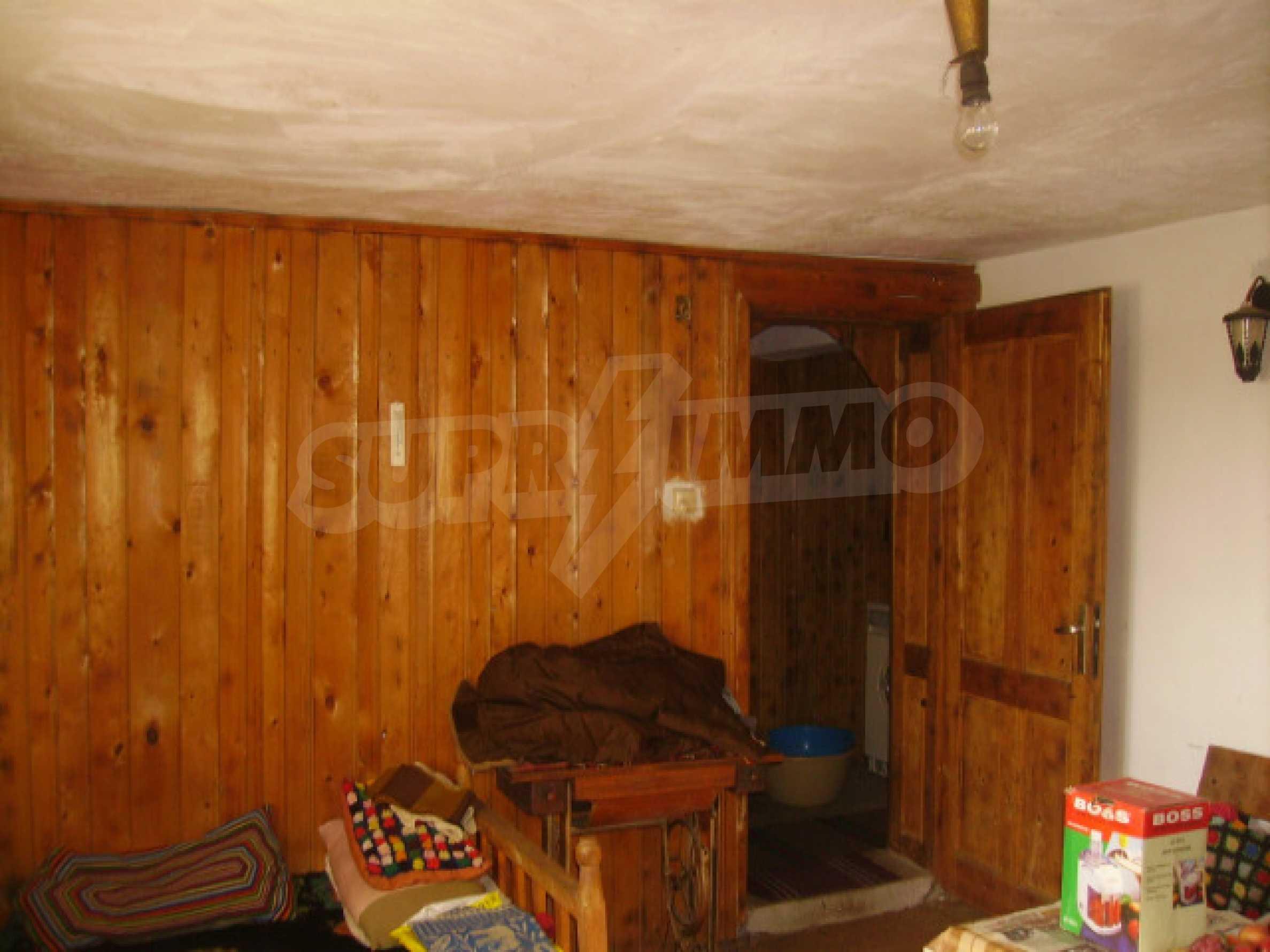Traditional villa house 3