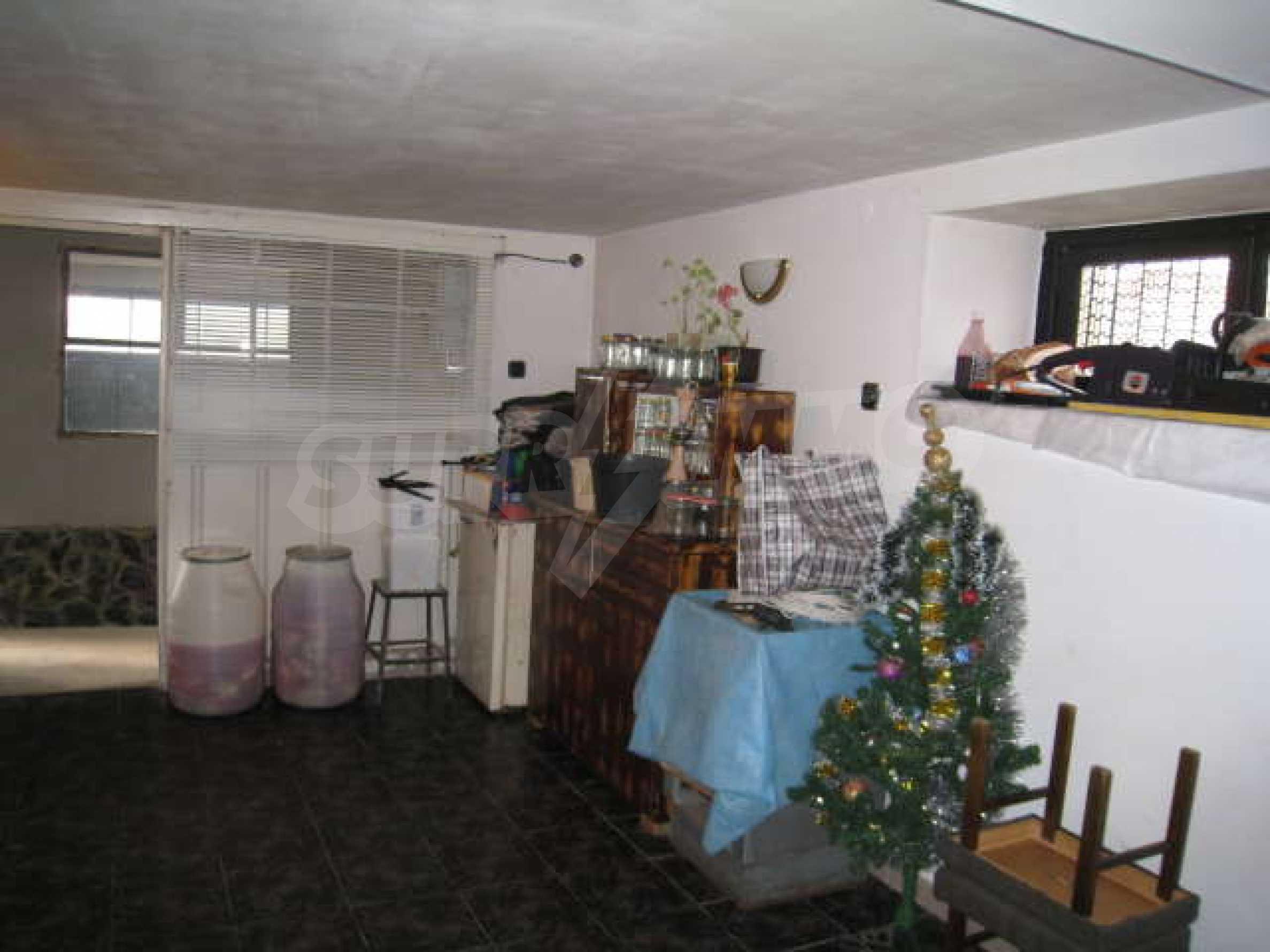 Просторный семейный дом в 30 км от Софии 16