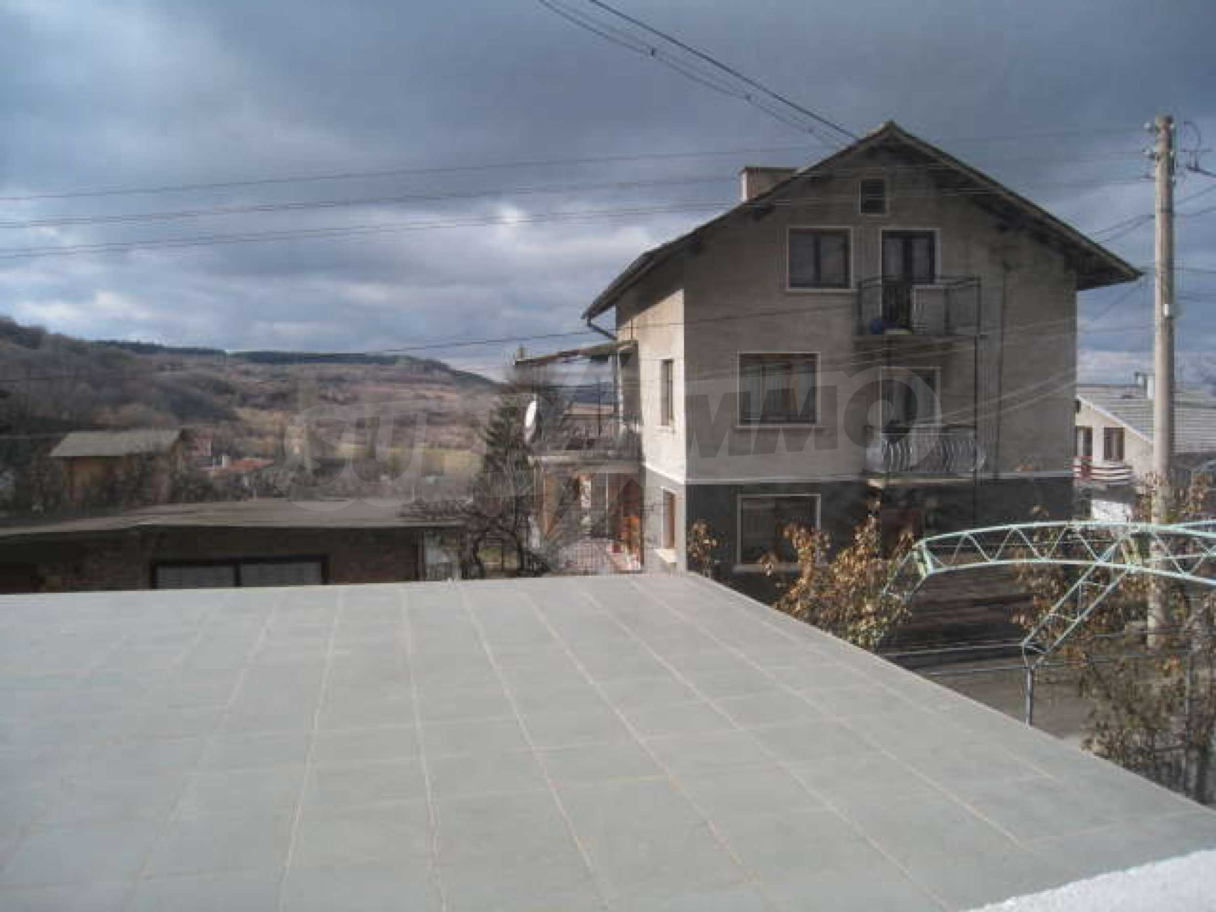 Просторный семейный дом в 30 км от Софии 18