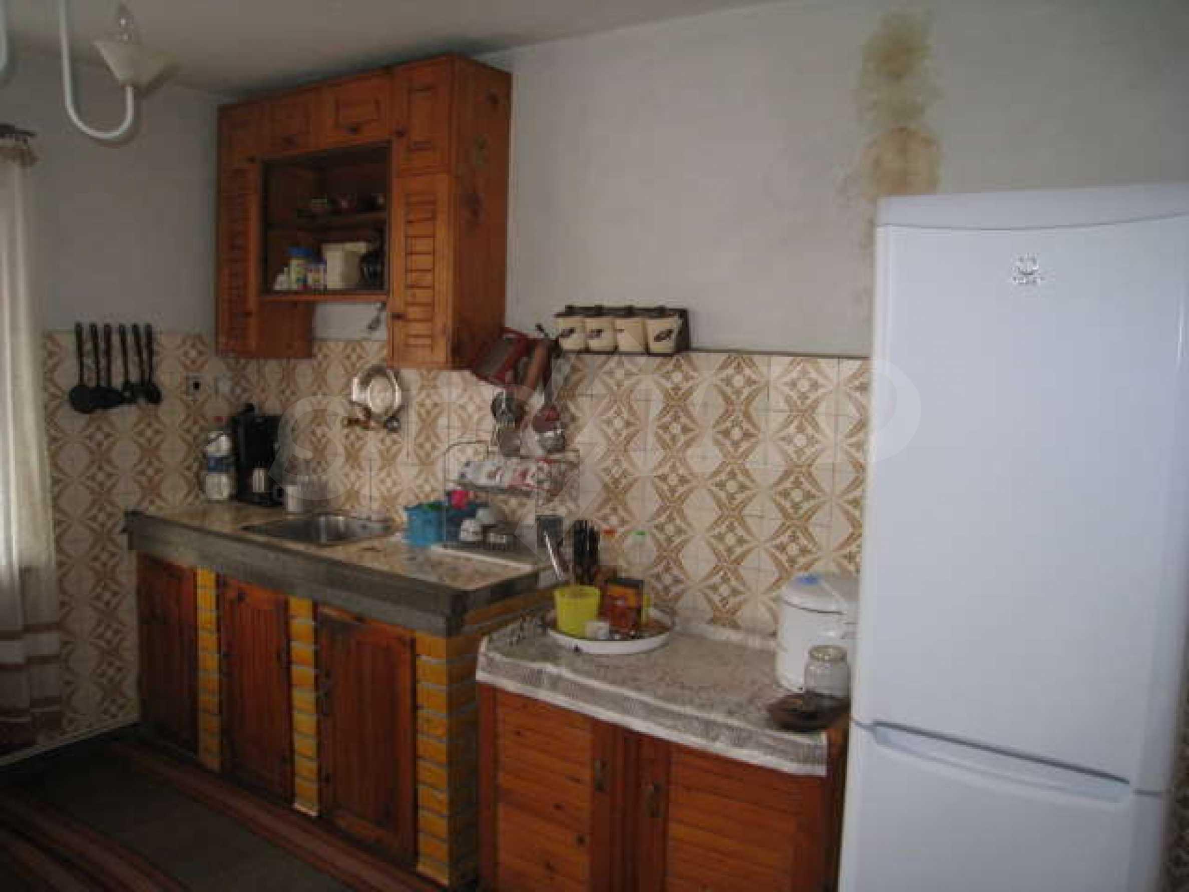 Просторный семейный дом в 30 км от Софии 4