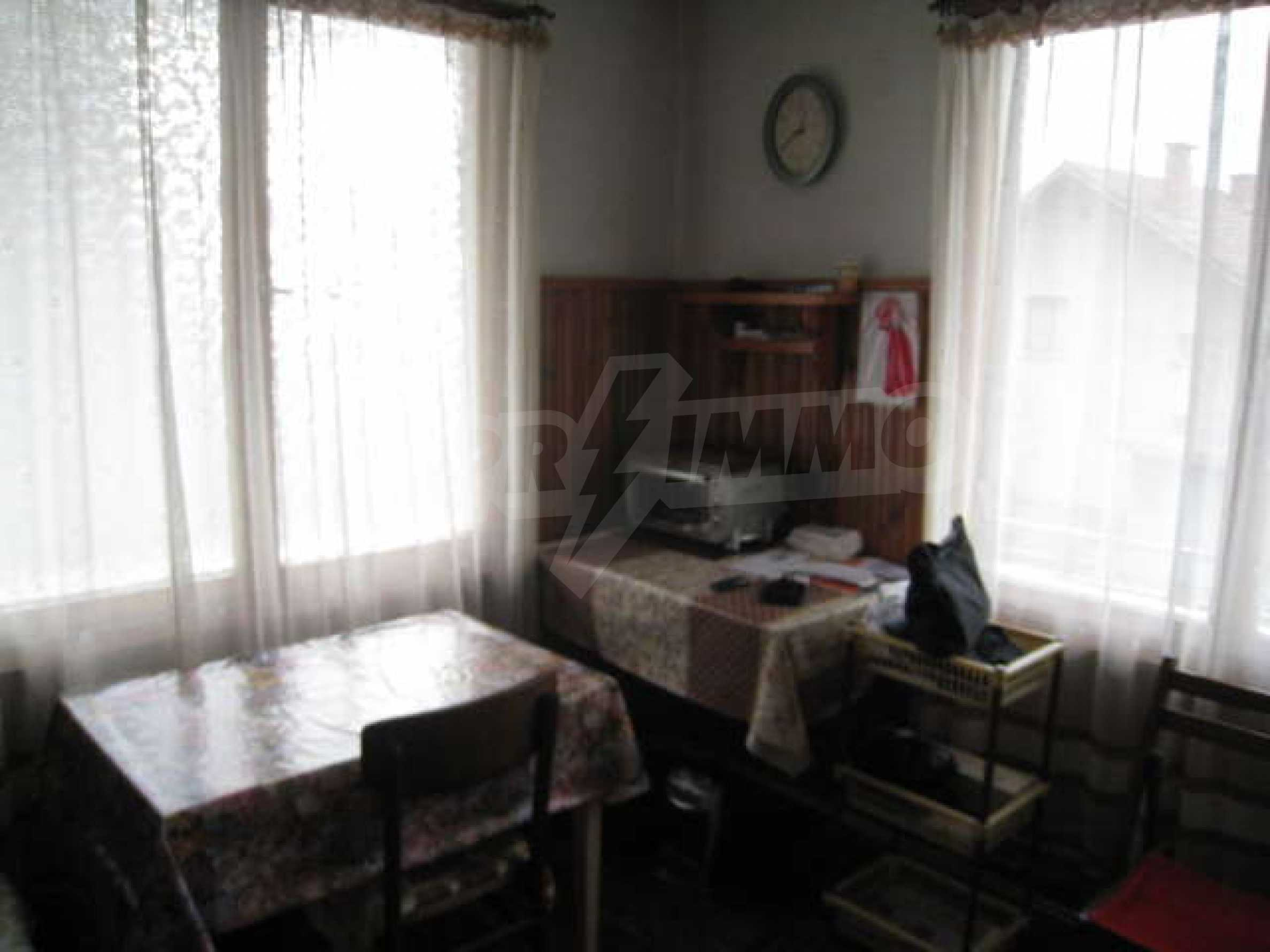 Просторный семейный дом в 30 км от Софии 5
