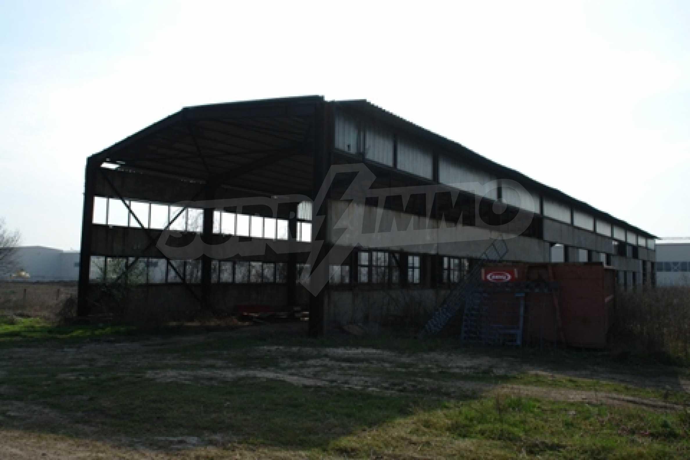 Частично завършен склад за продажба в град Русе 7
