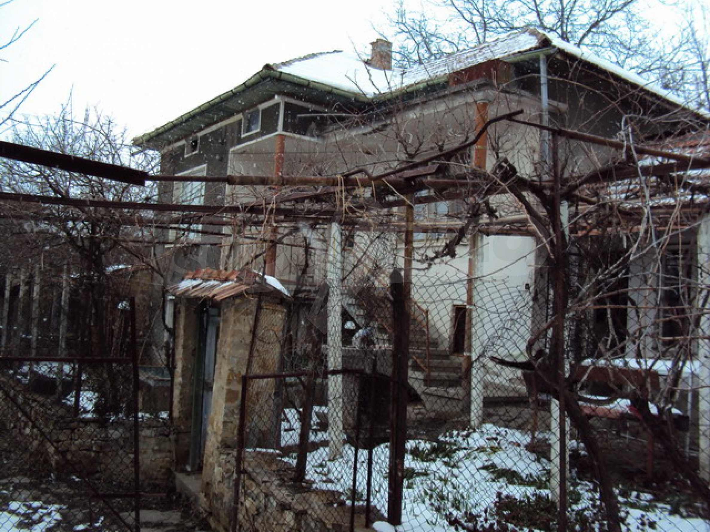 Типична българска къща  17