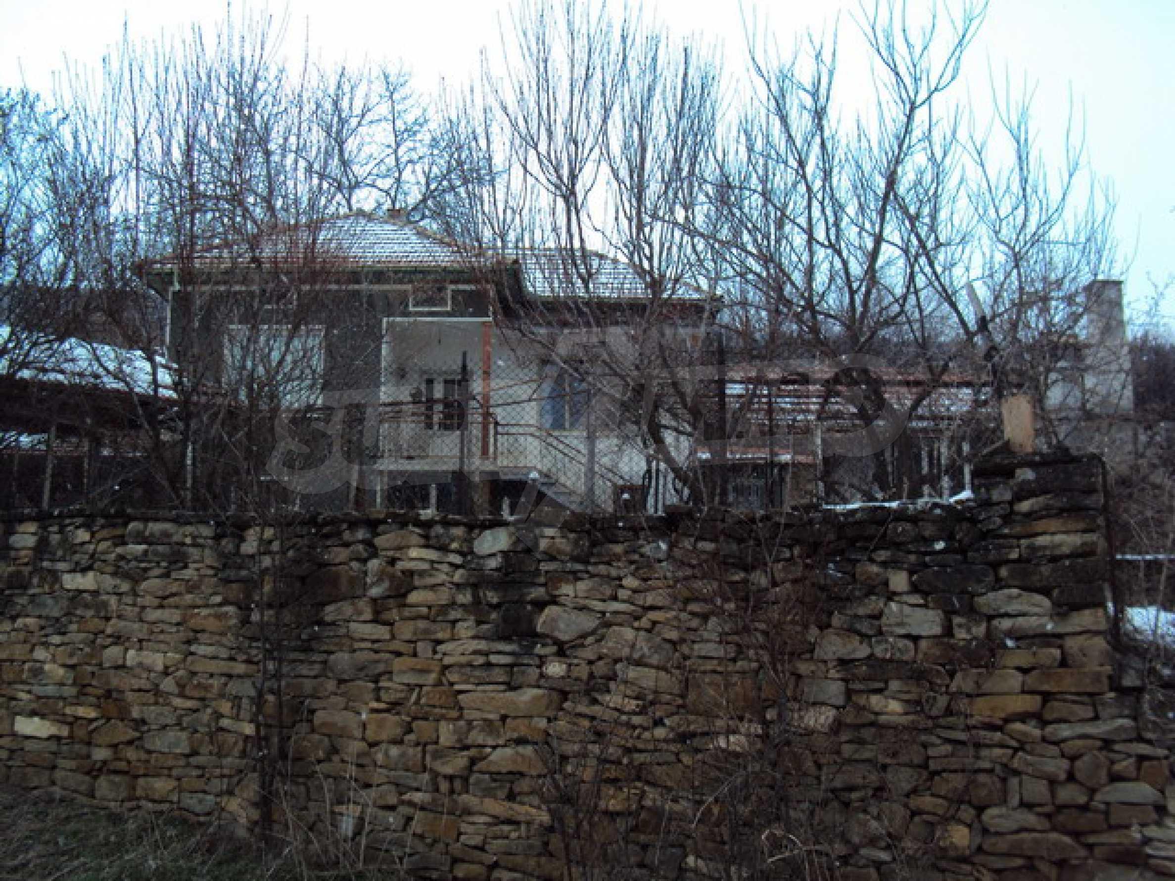 Типична българска къща  18