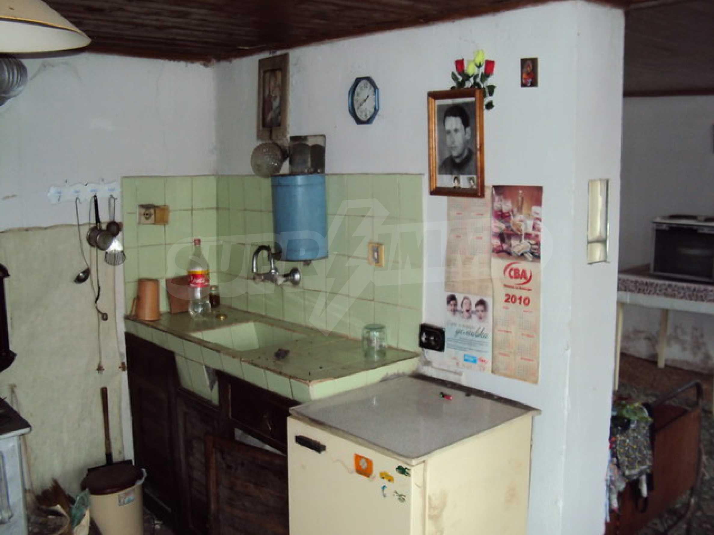 Типична българска къща  3