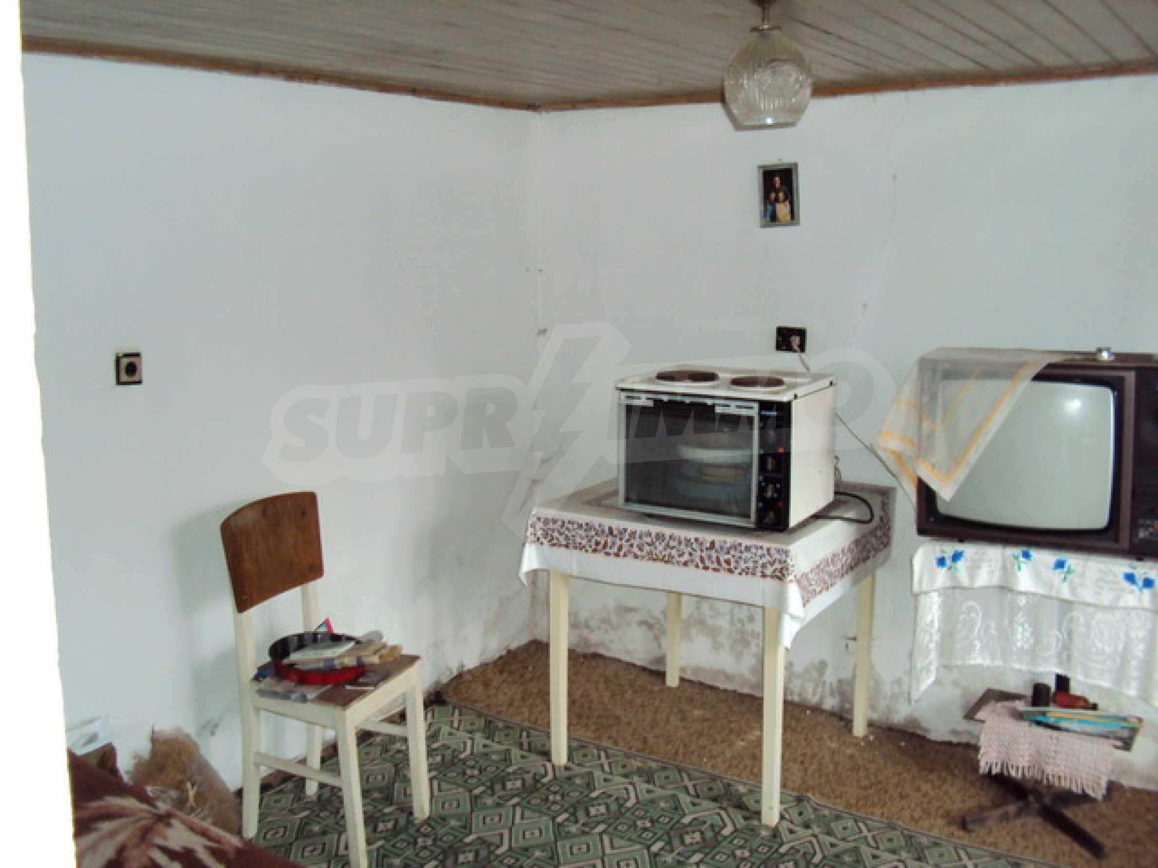 Типична българска къща  4