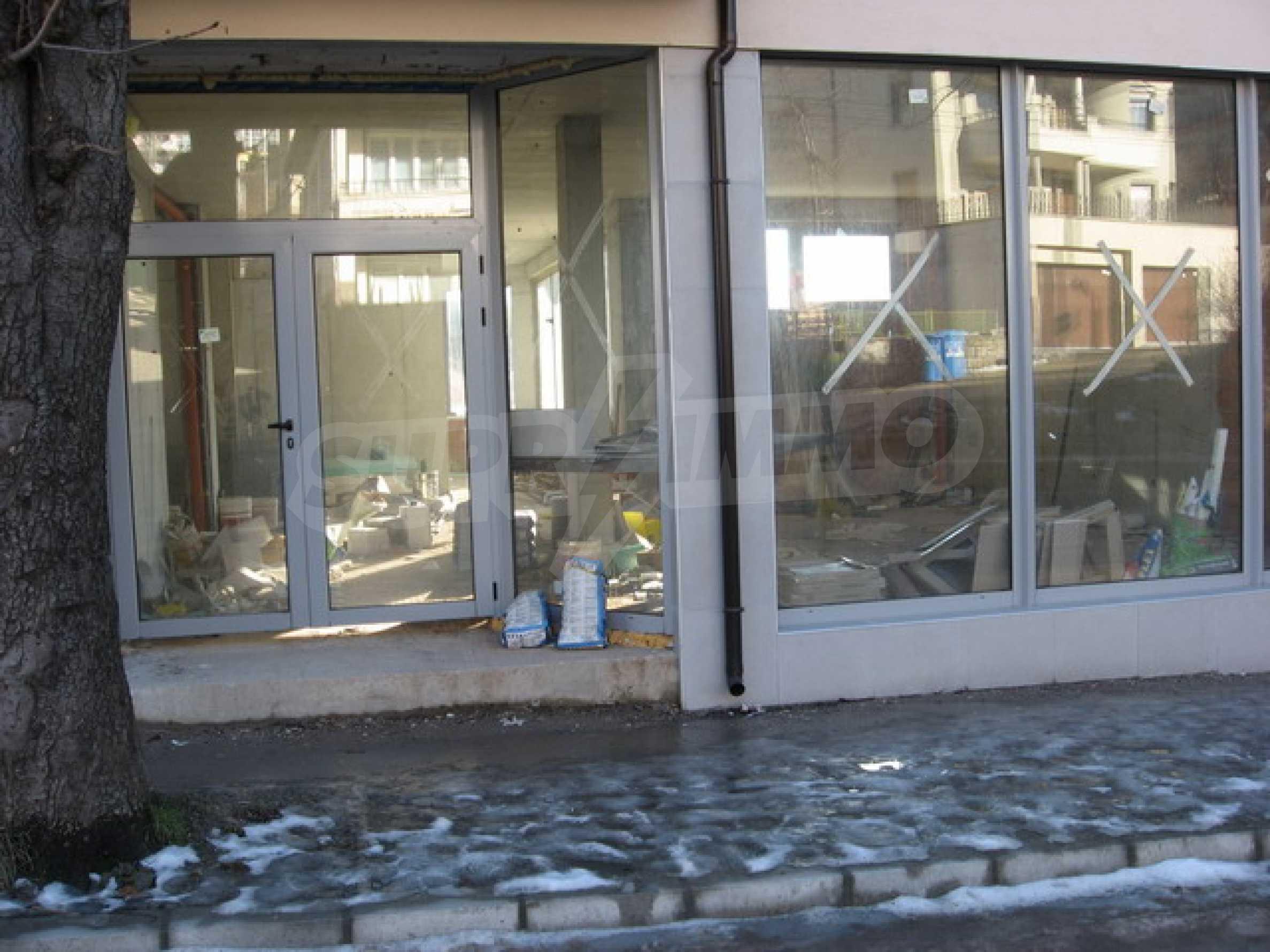 Geschäft und Café zu vermieten in Gabrovo 3