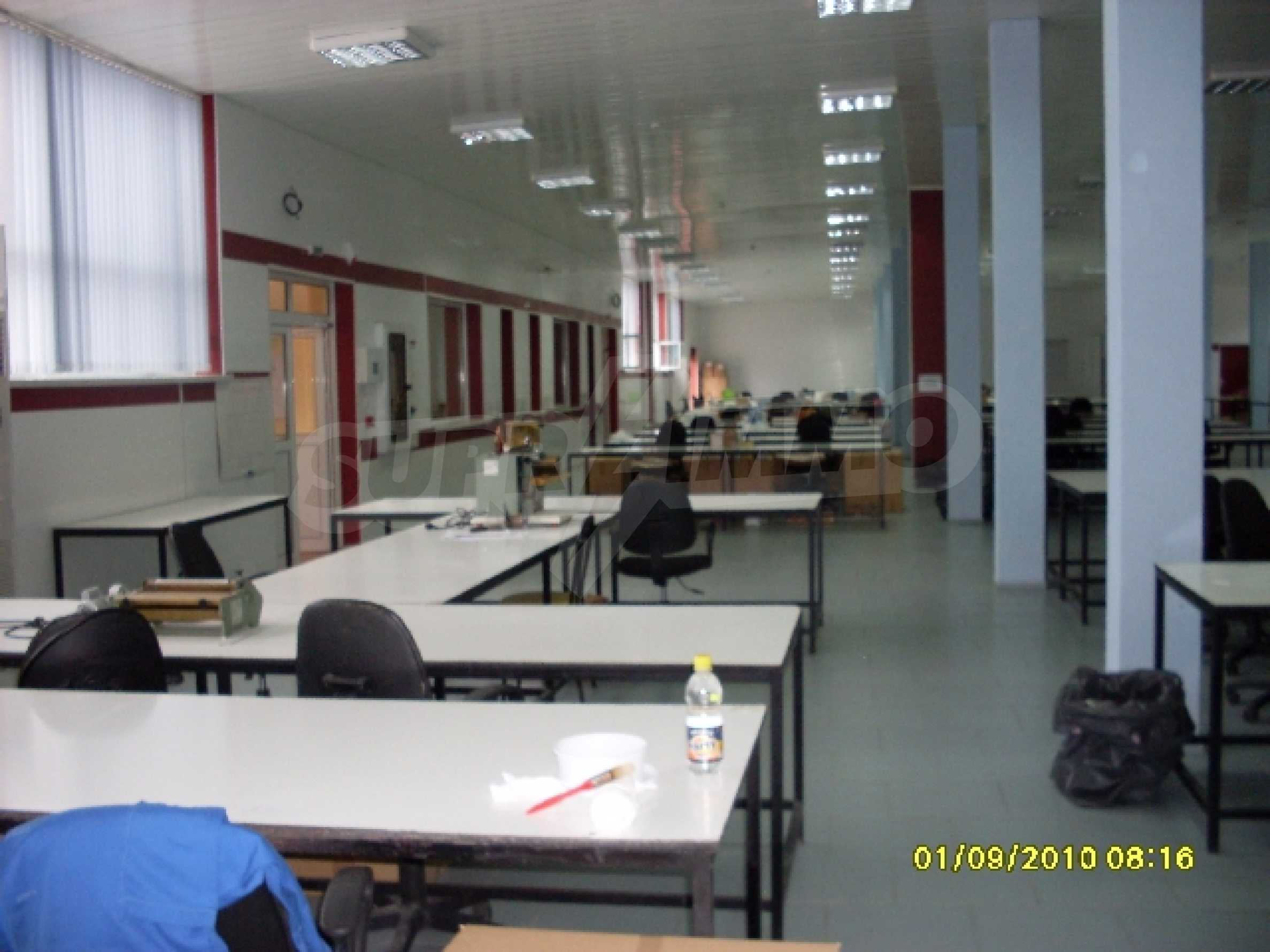 Едноетажна панелна производствена сграда 4