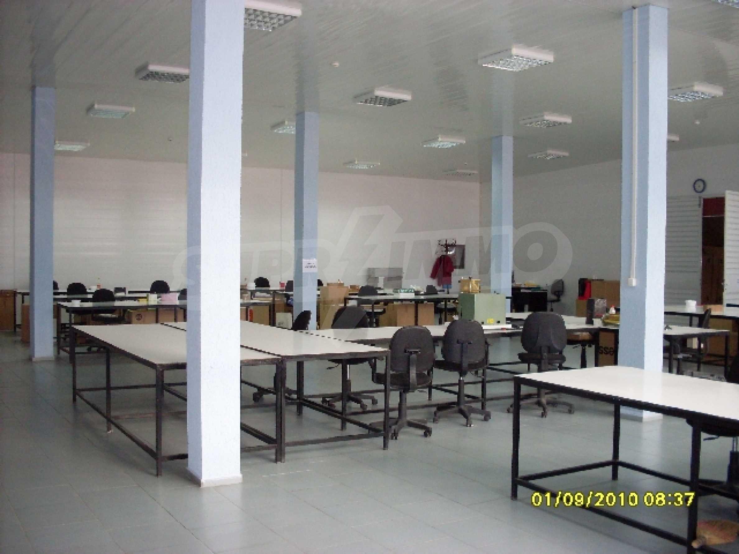 Едноетажна панелна производствена сграда 6