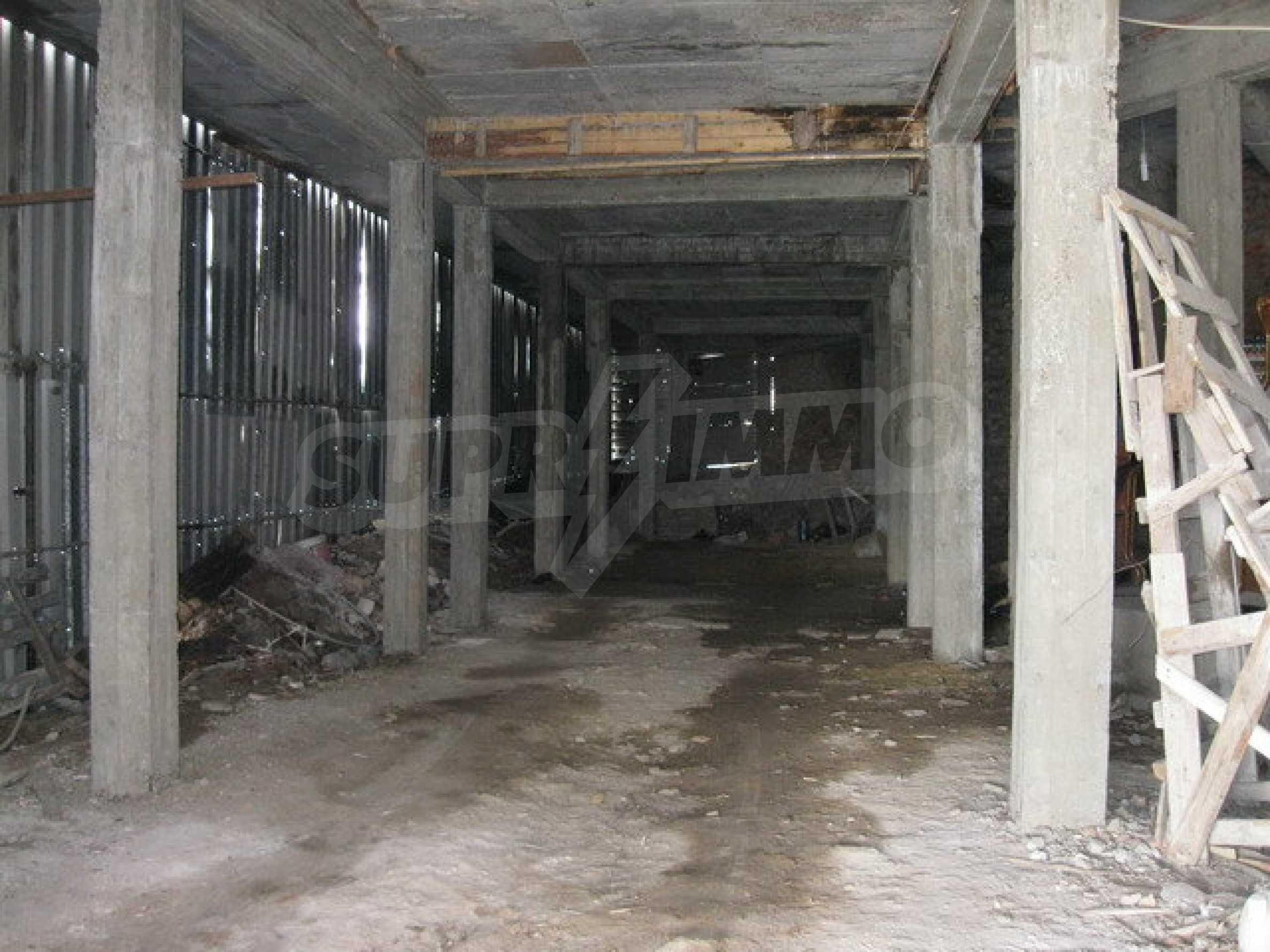 Бизнес имот на 3 етажа във Велико Търново 11