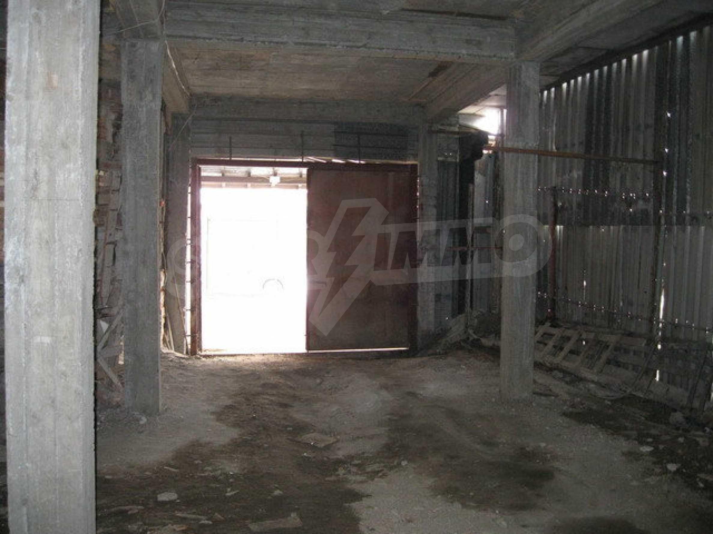 Бизнес имот на 3 етажа във Велико Търново 13