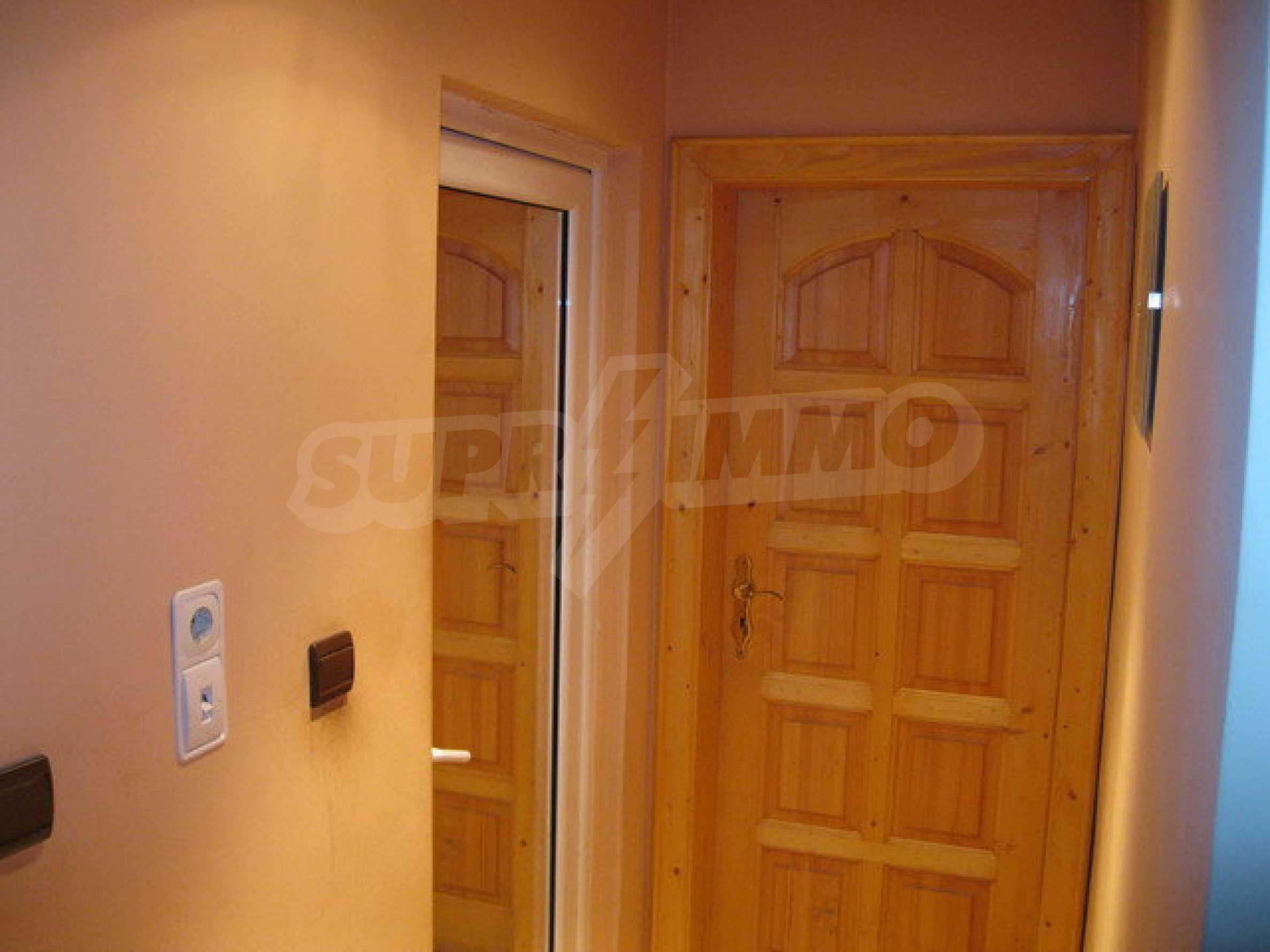 Бизнес имот на 3 етажа във Велико Търново 28
