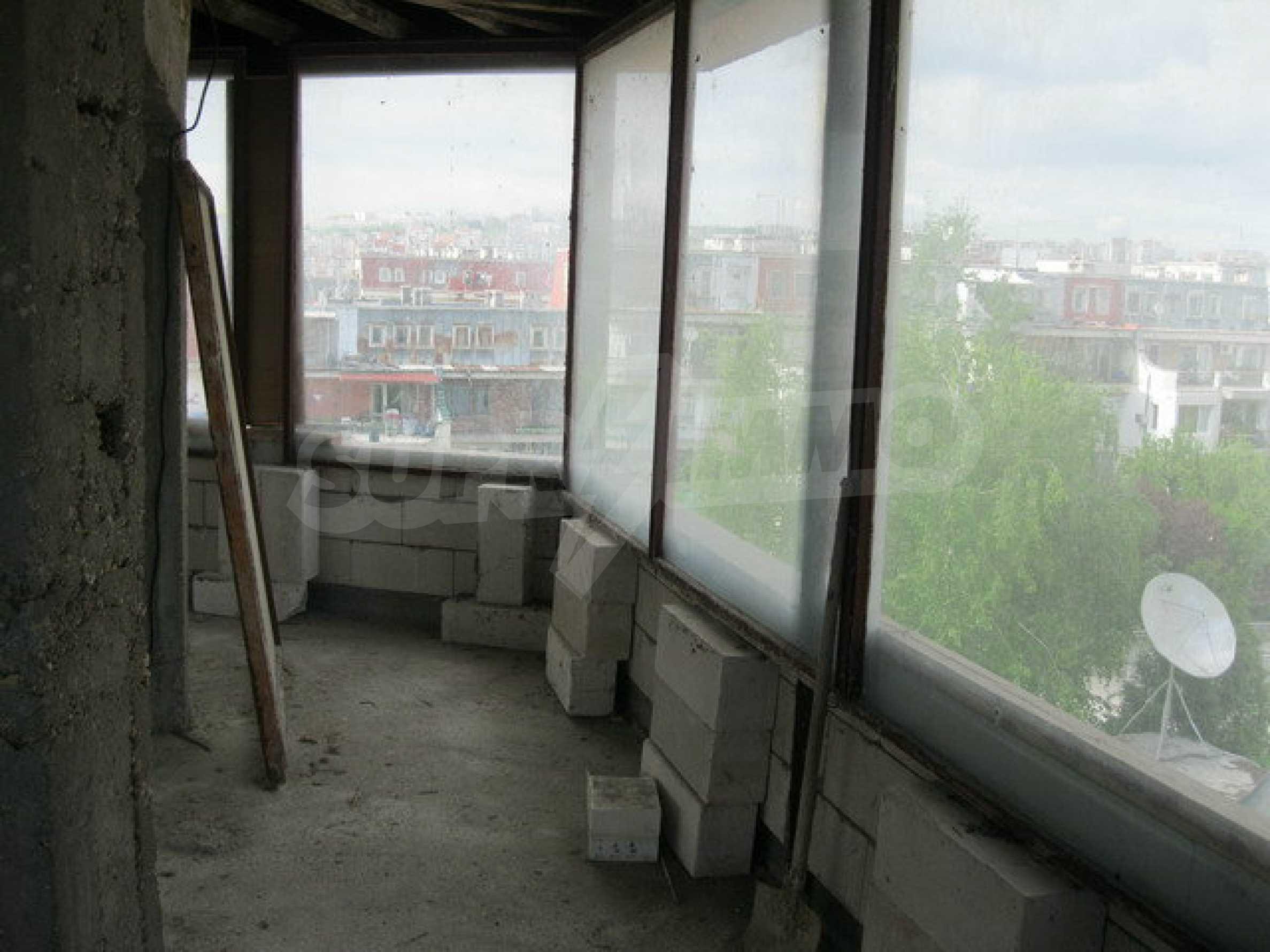Бизнес имот на 3 етажа във Велико Търново 30