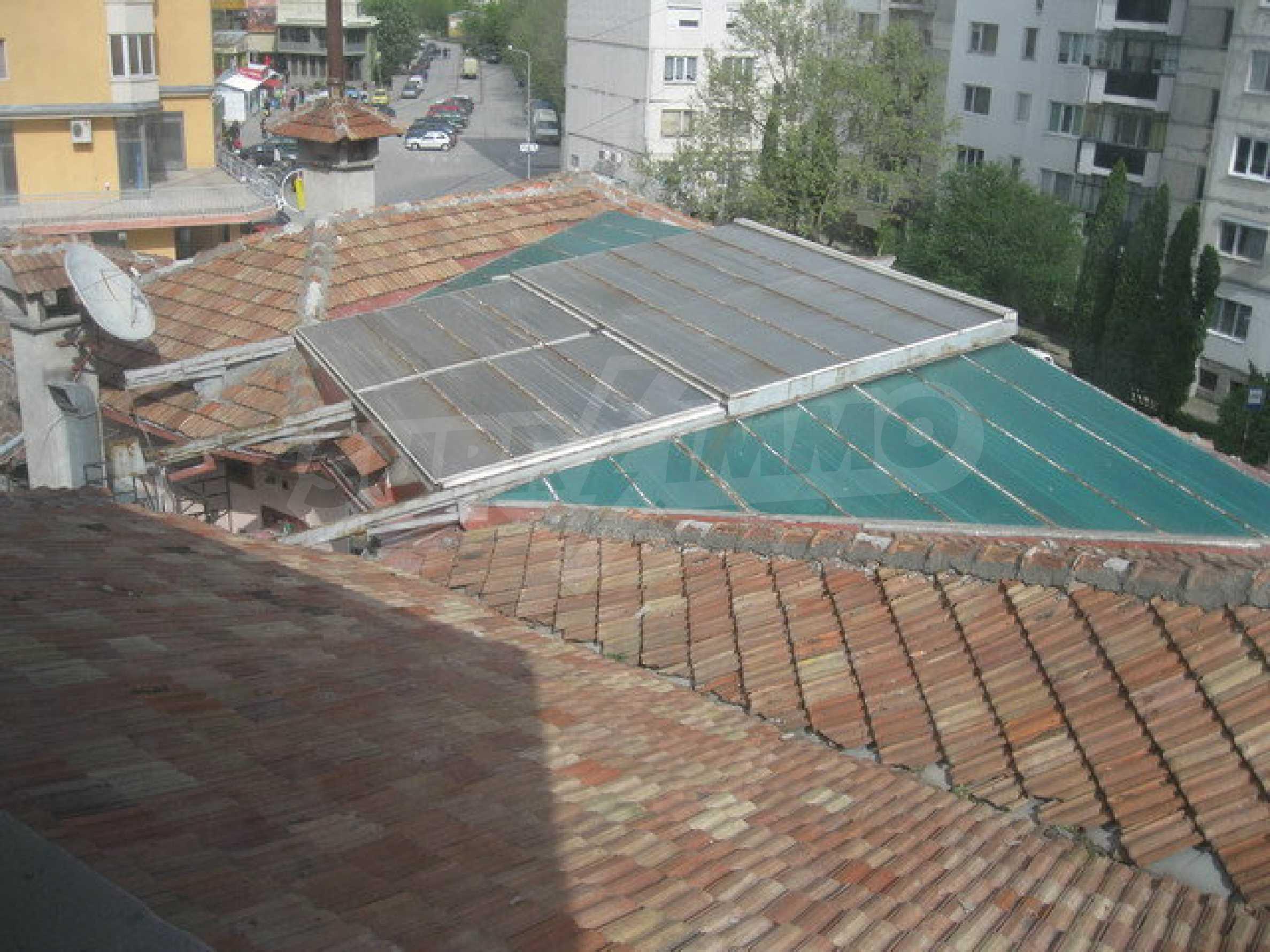 Бизнес имот на 3 етажа във Велико Търново 31