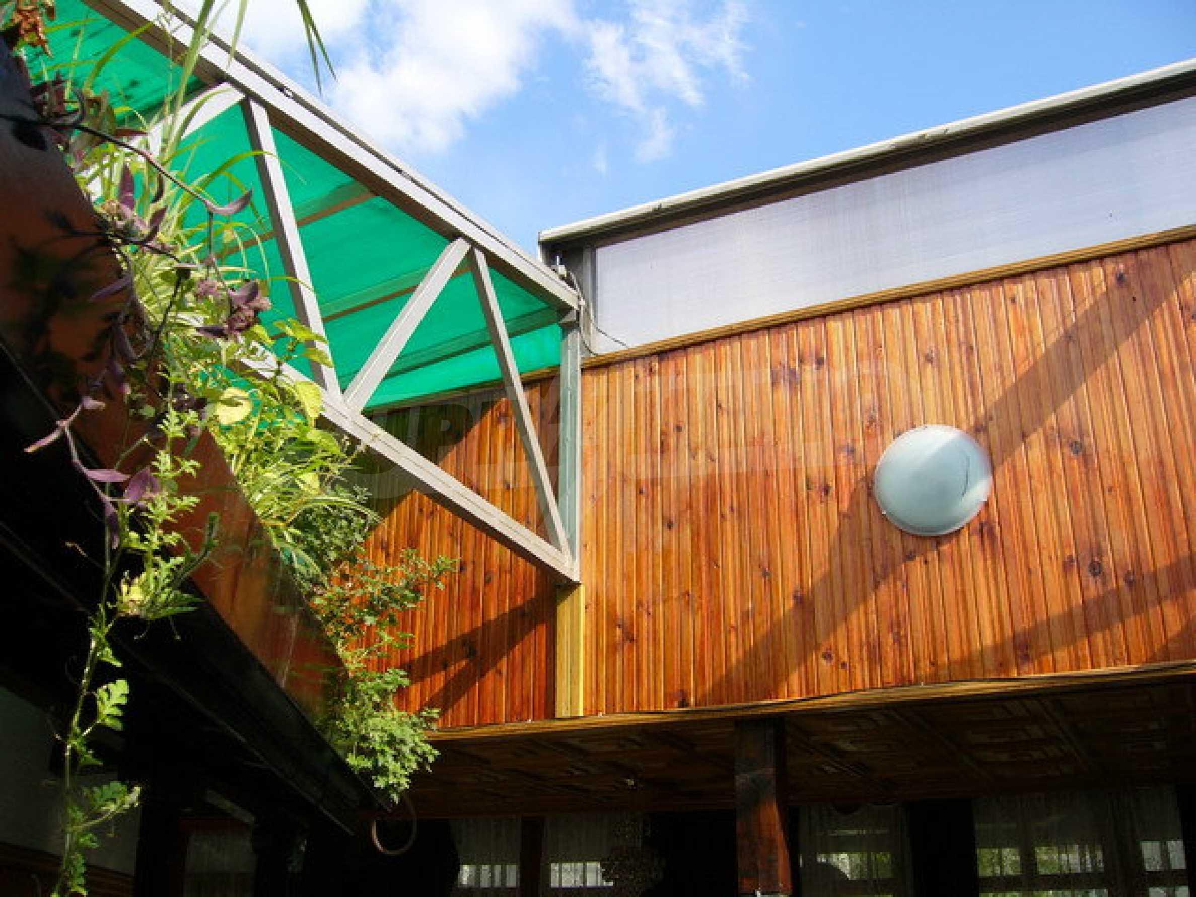 Здание, подходящее для разных видов бизнеса, расположенное в городе Велико Тырново 38