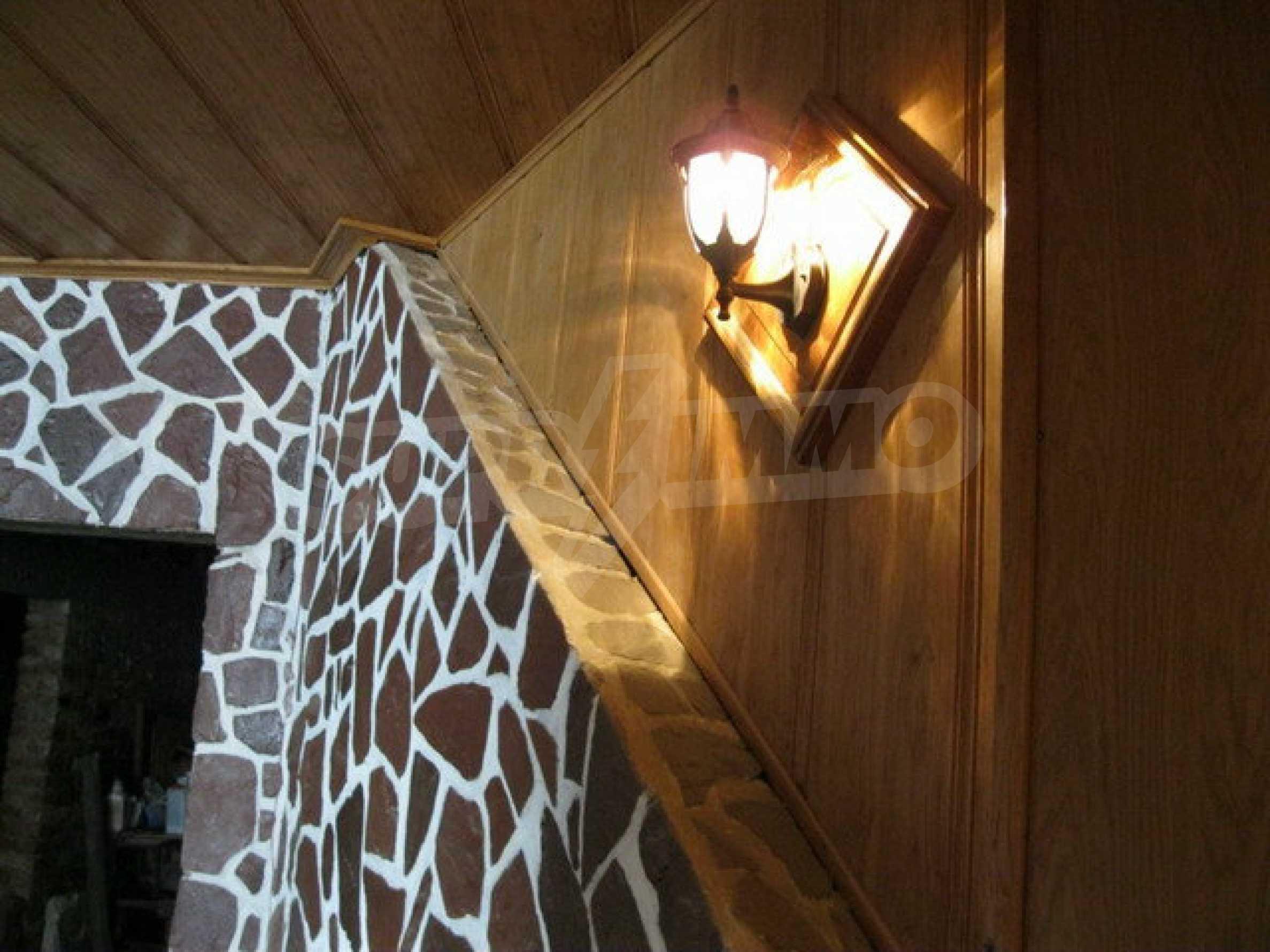 Бизнес имот на 3 етажа във Велико Търново 67