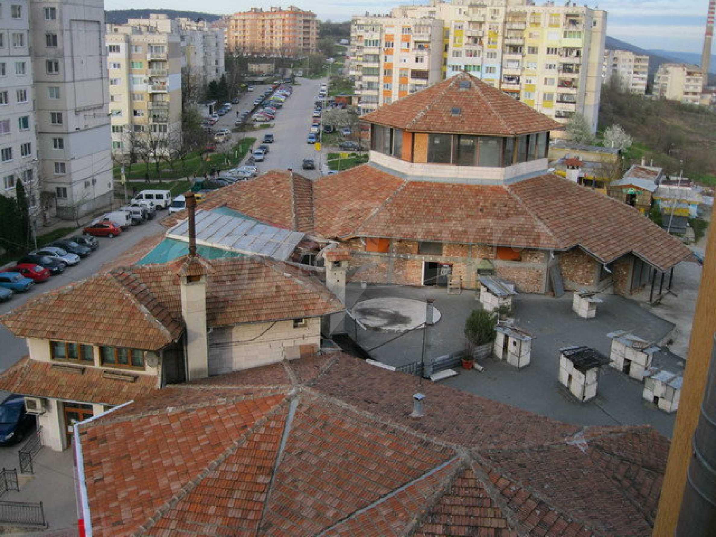 Здание, подходящее для разных видов бизнеса, расположенное в городе Велико Тырново 7
