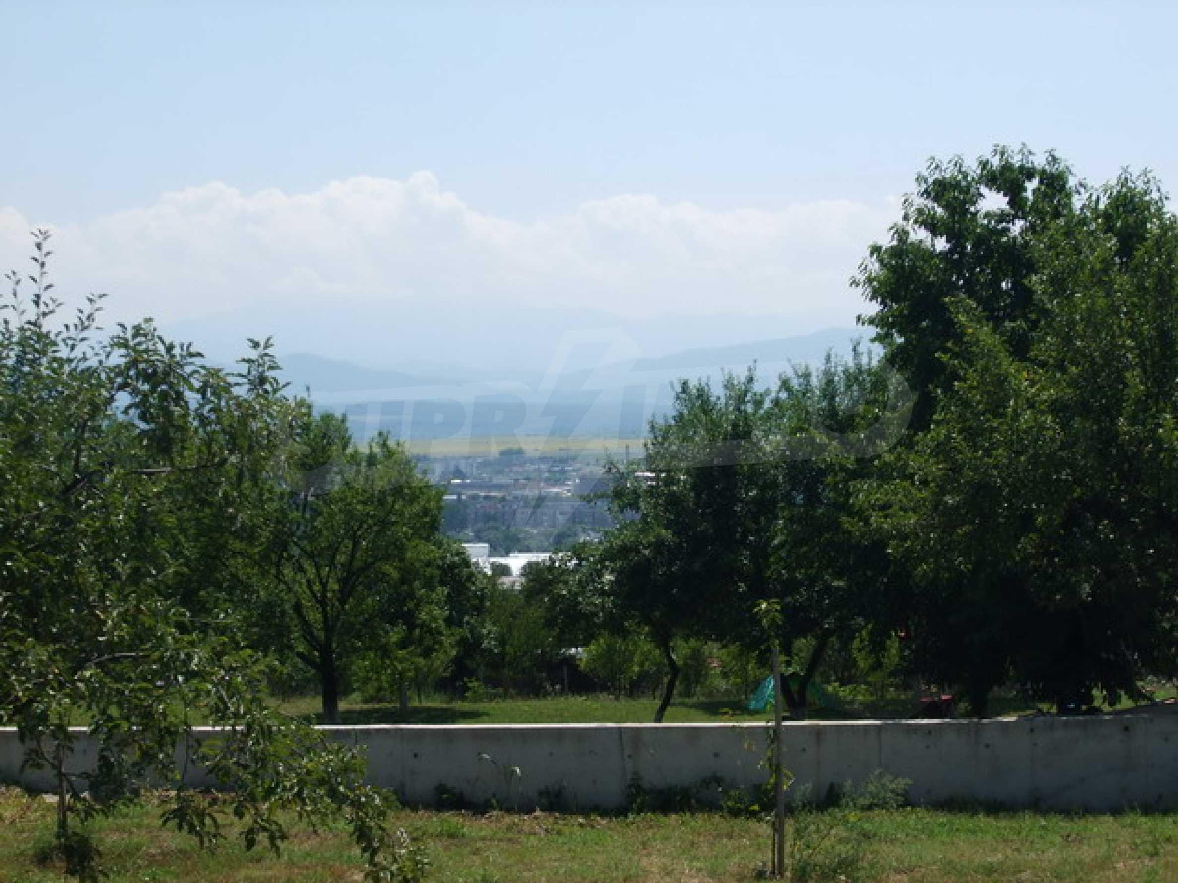 Новопостроена къща във вилната зона на град Севлиево 21