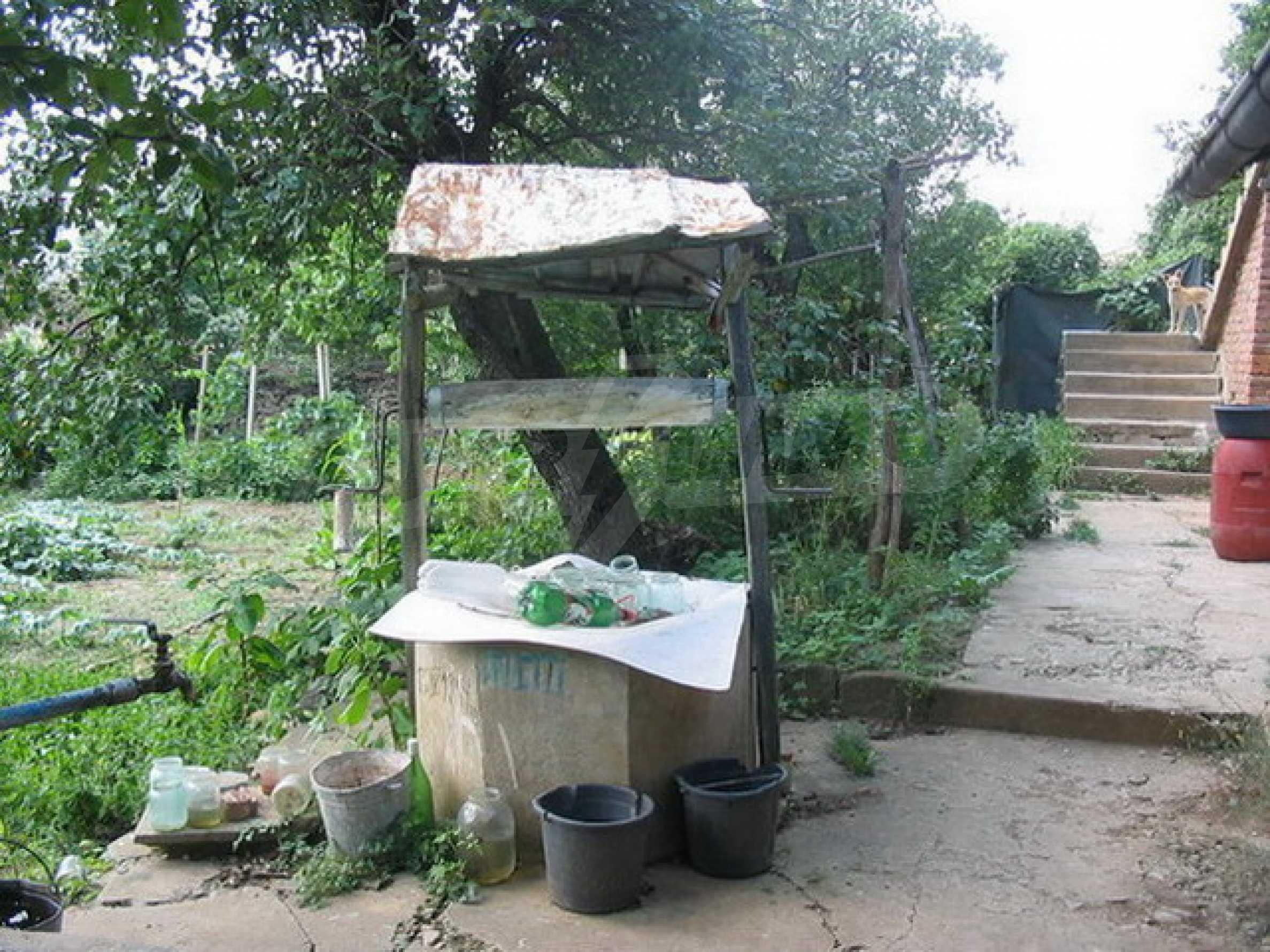 Къща в добре развито село 11
