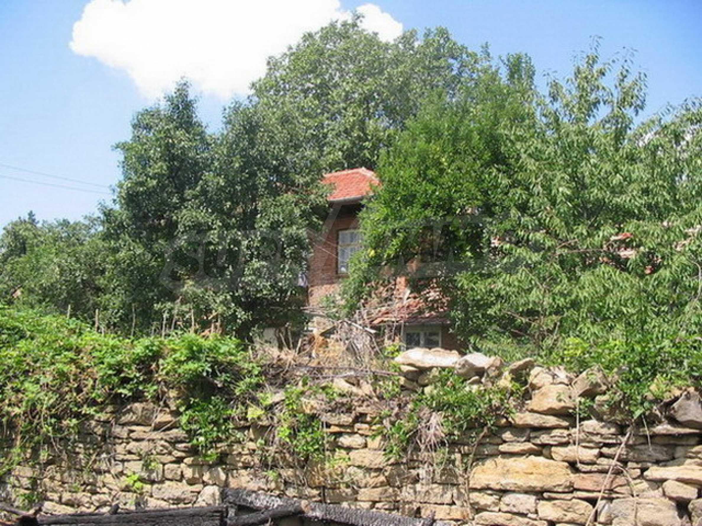 Къща в добре развито село 13