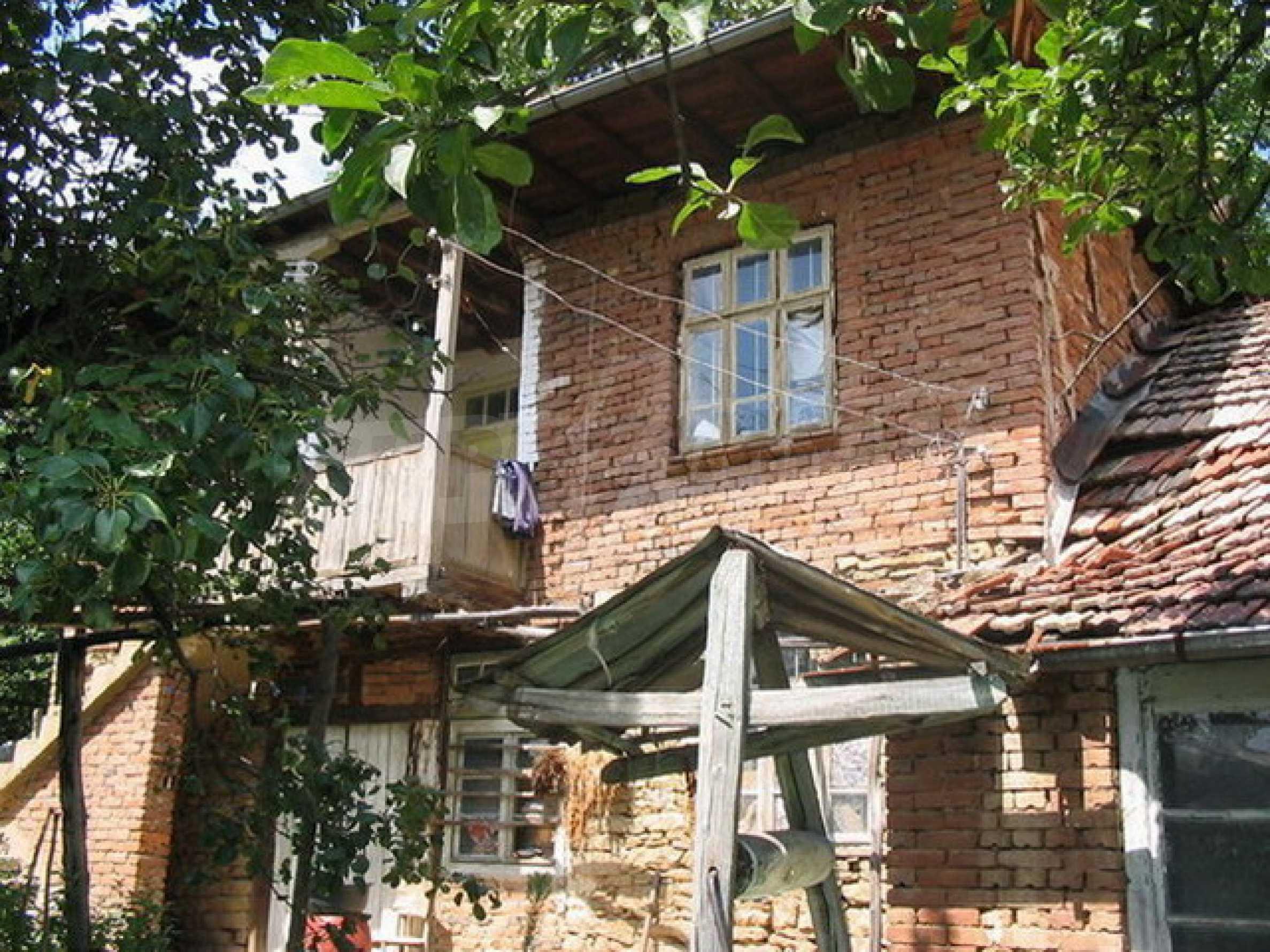 Къща в добре развито село 1