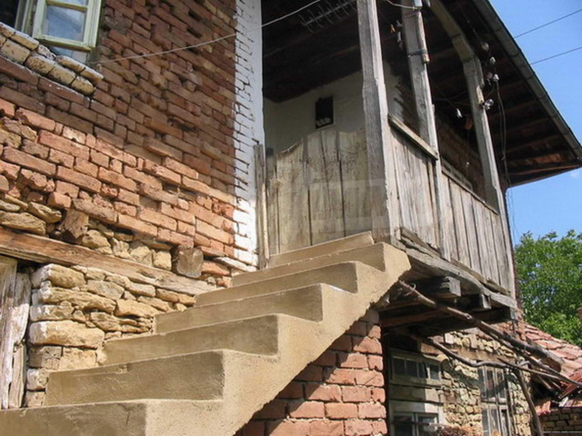 Къща в добре развито село 2