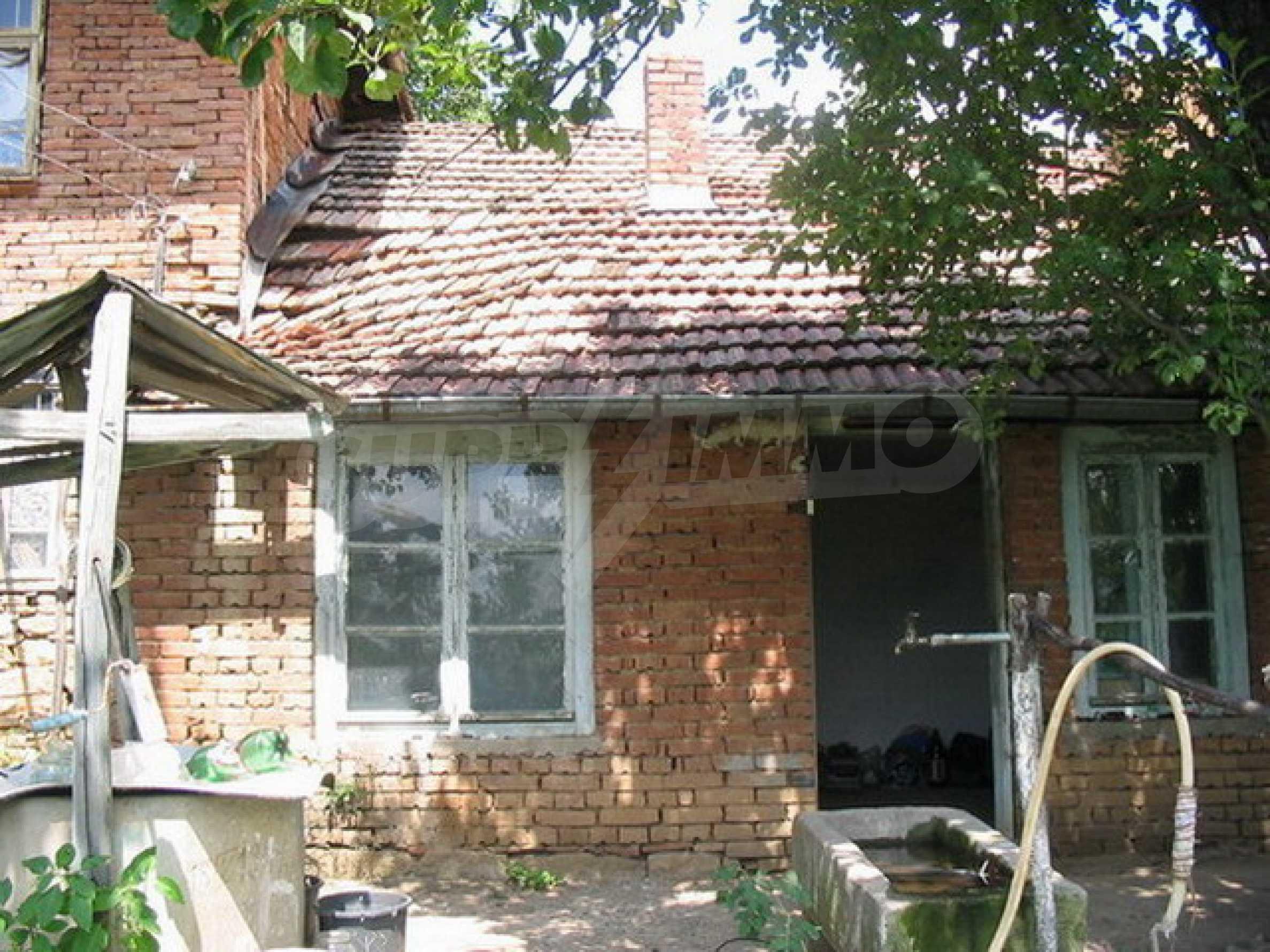 Къща в добре развито село 3