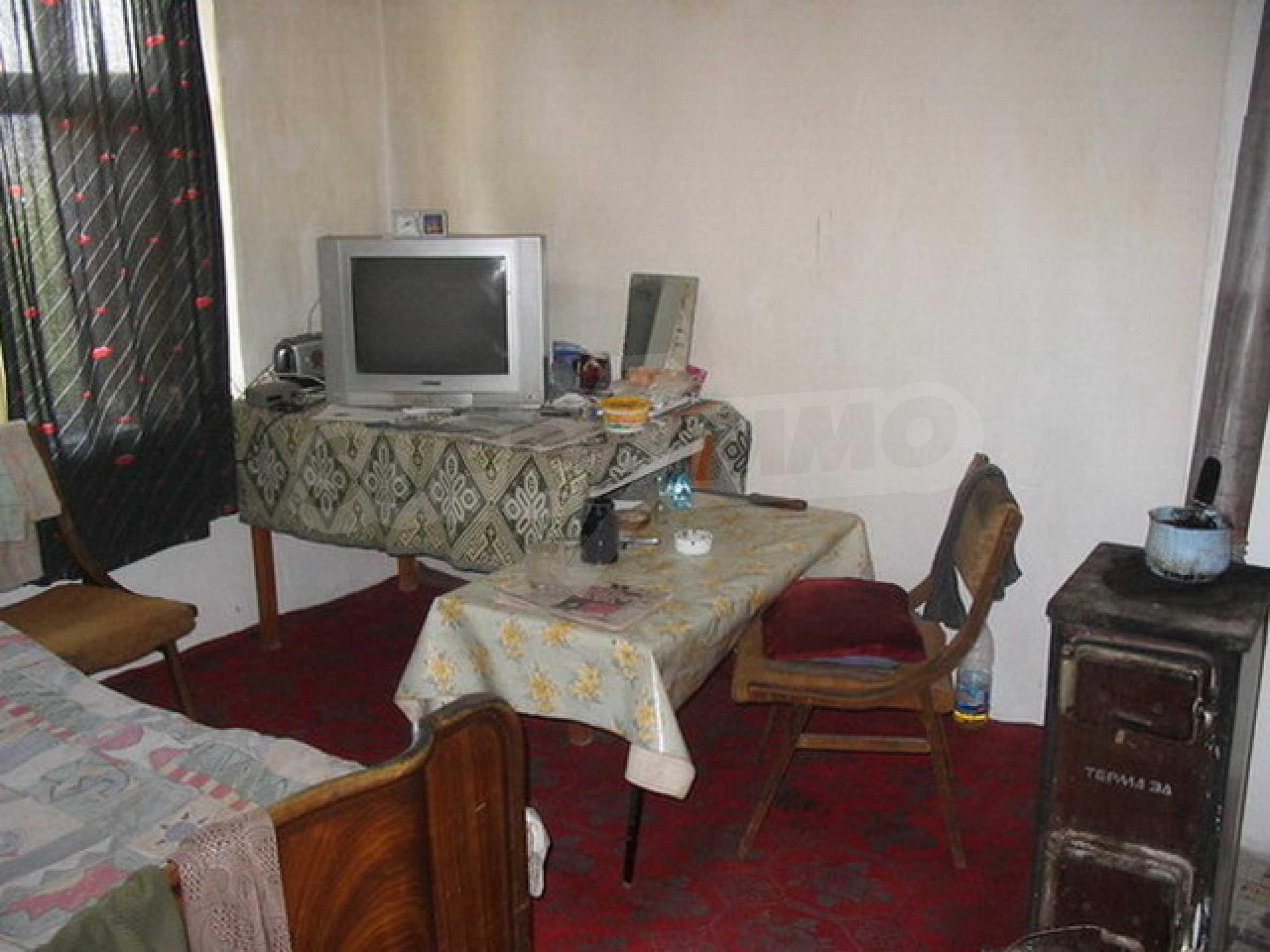 Къща в добре развито село 4