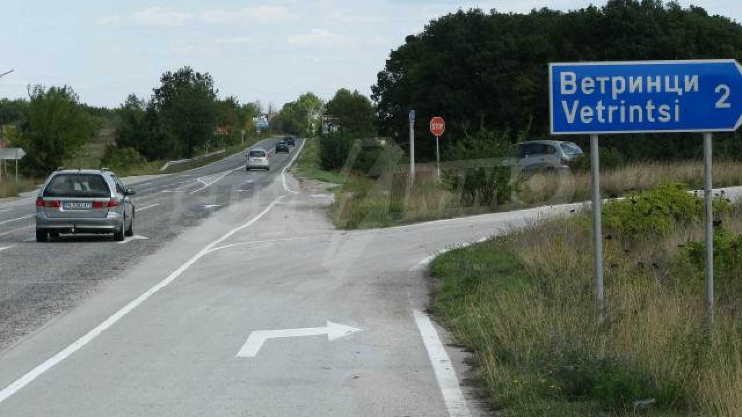 Парцел в регулация в село на главен път София – Варна 2