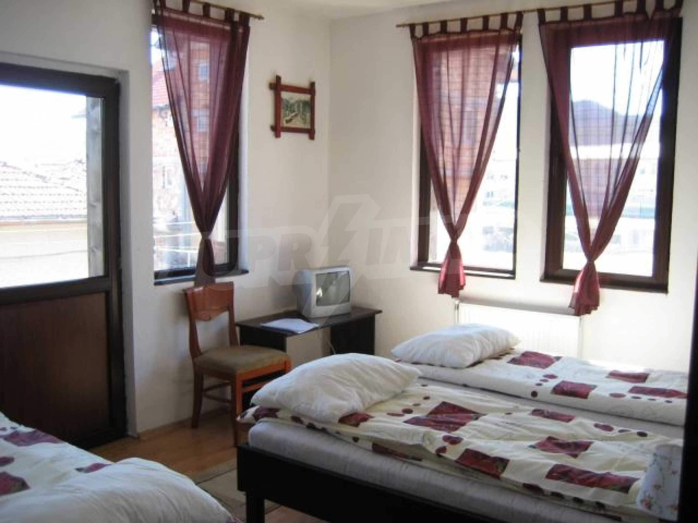 Гостиница в Добриниште 12