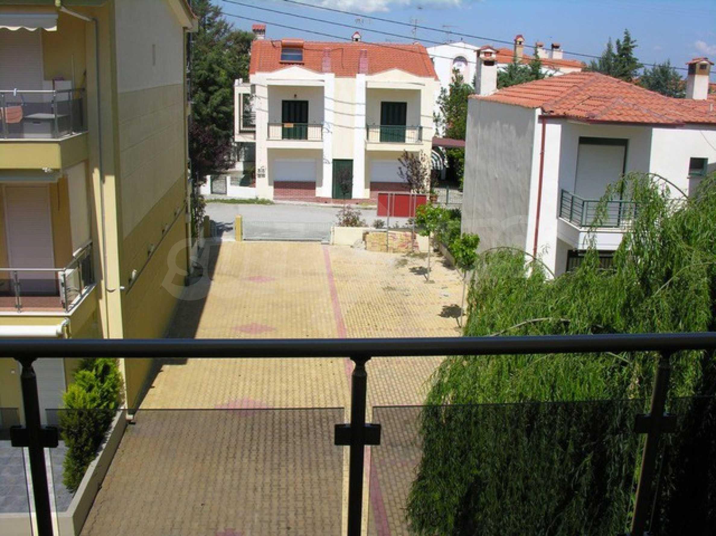 Апартамент  в  Полихроно 12