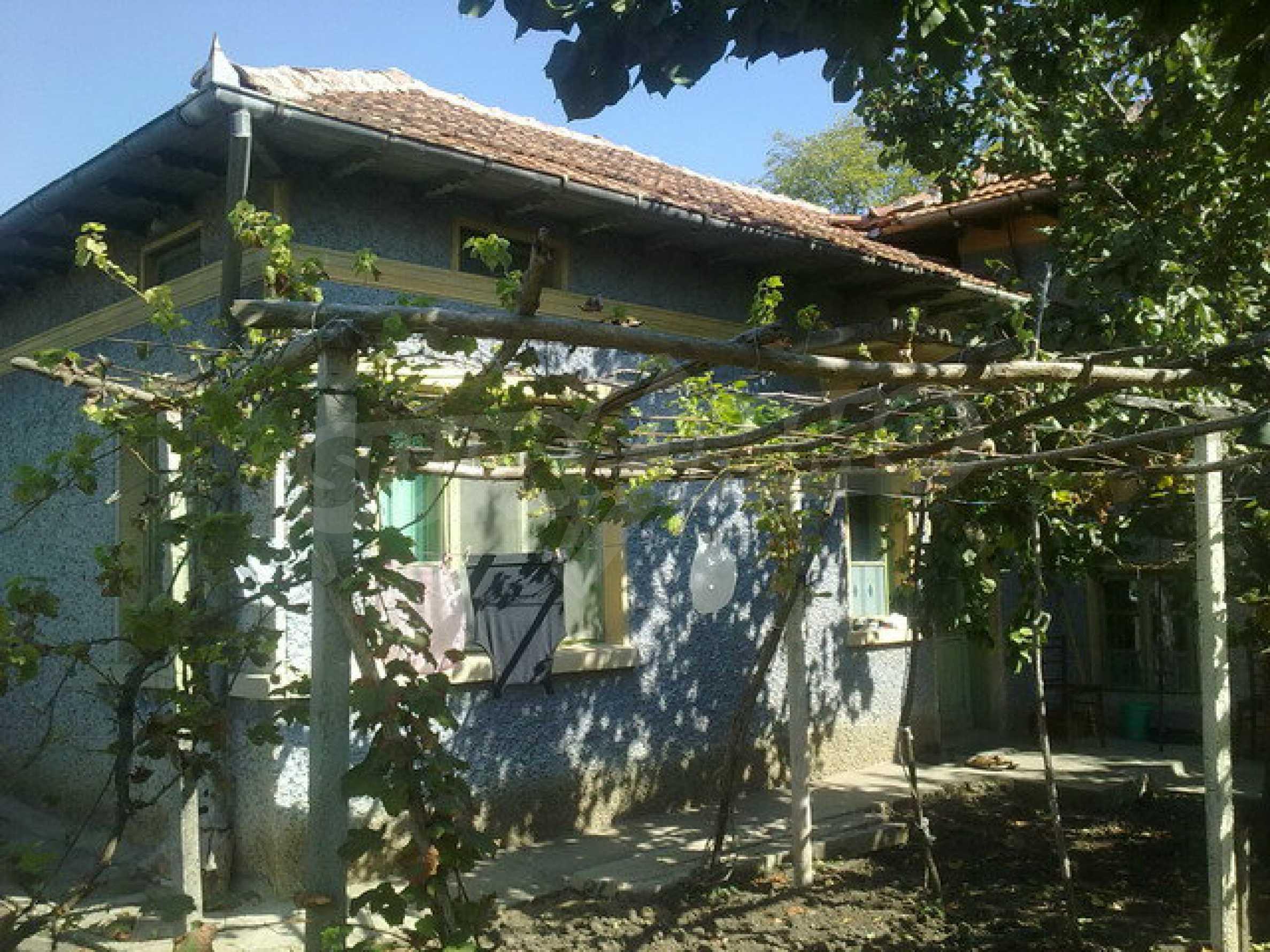 Schönes Haus in einem großen Dorf