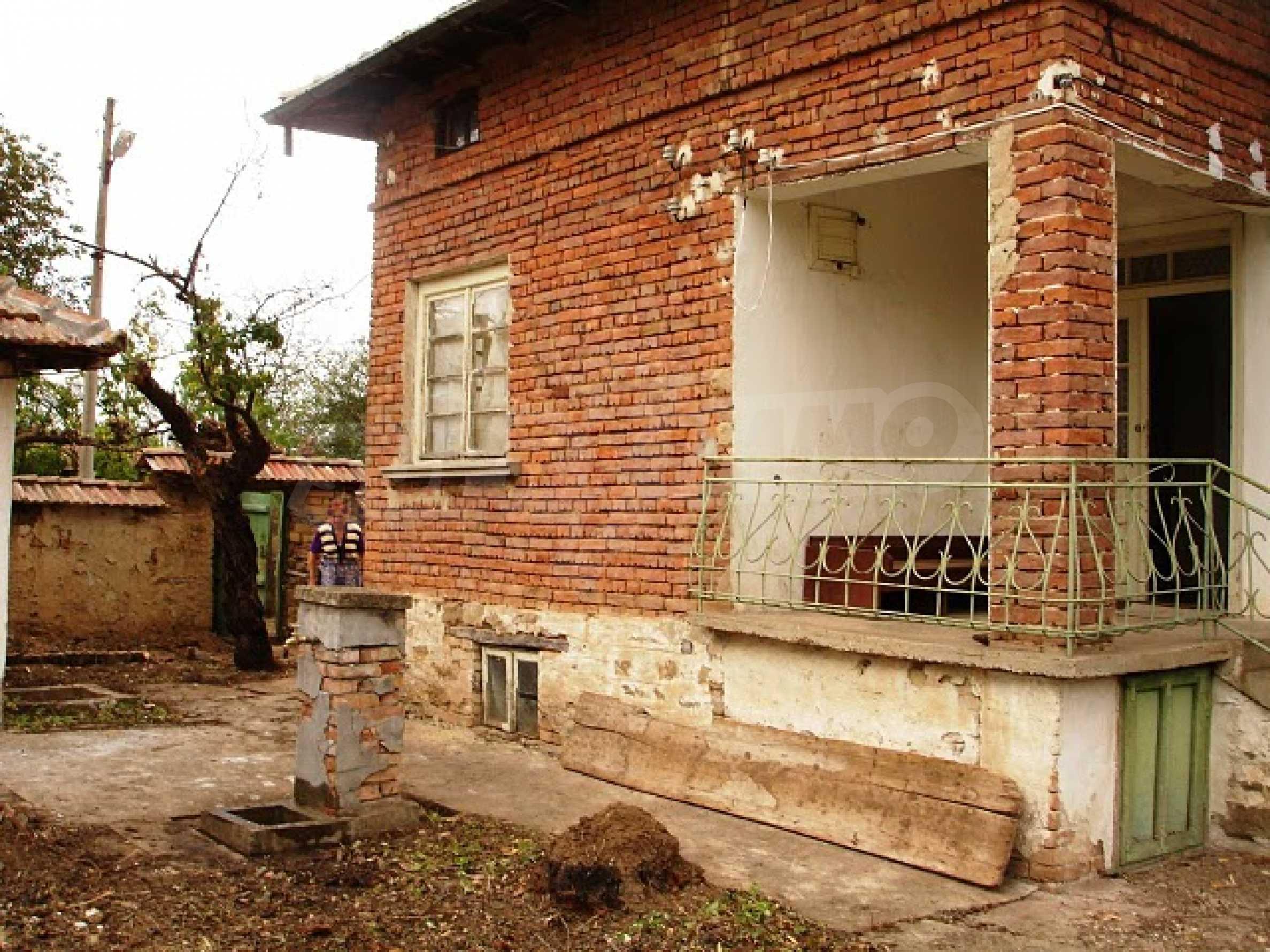 Селска къща в развито село 1