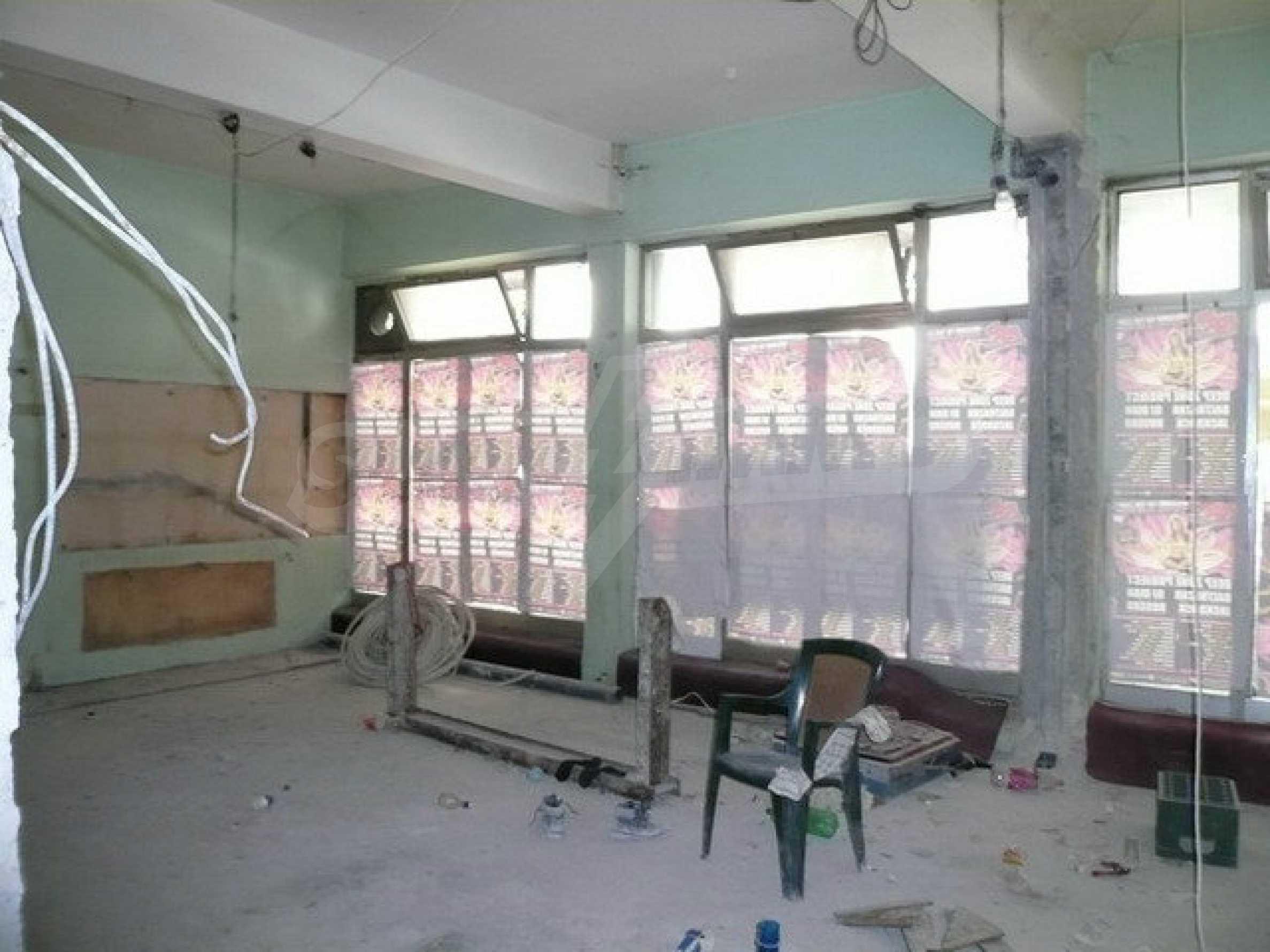 Коммерческое помещение в центре города Велико Тырново  5