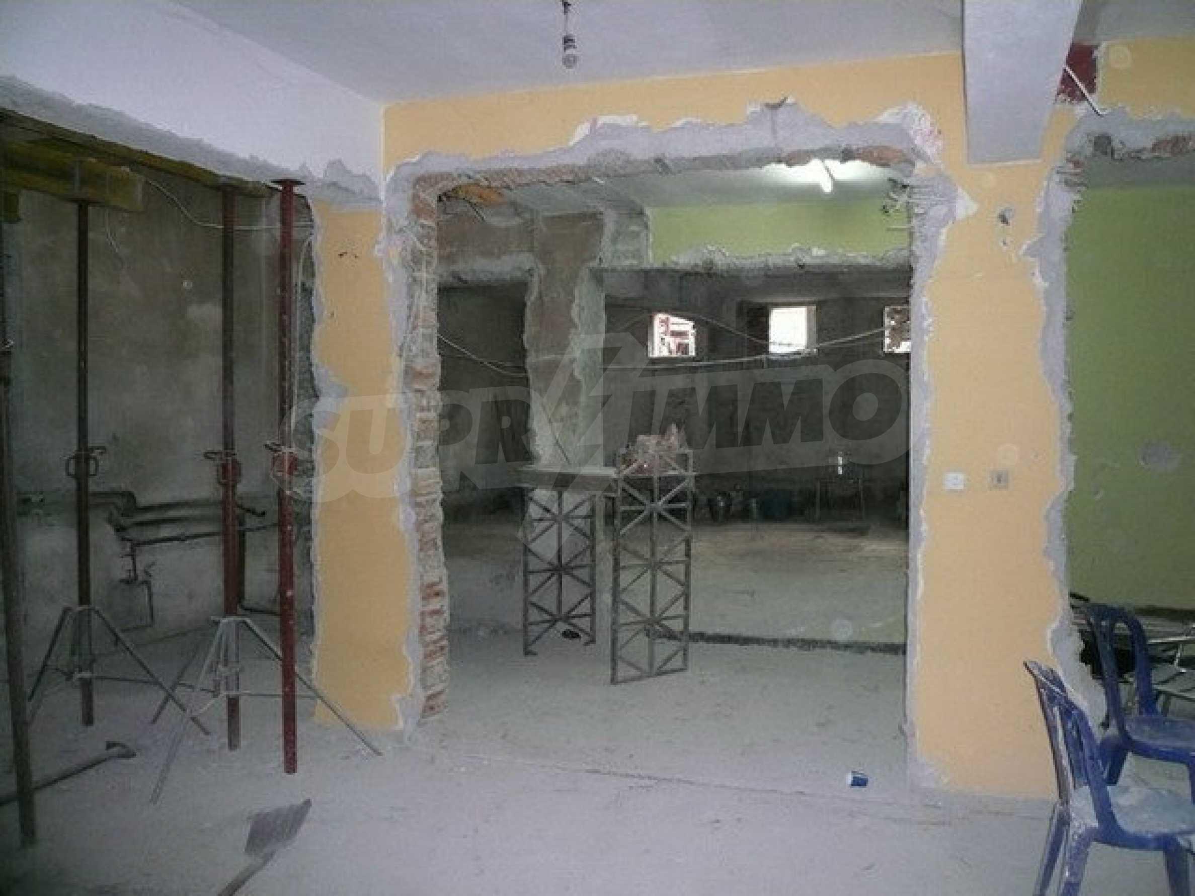 Коммерческое помещение в центре города Велико Тырново  8