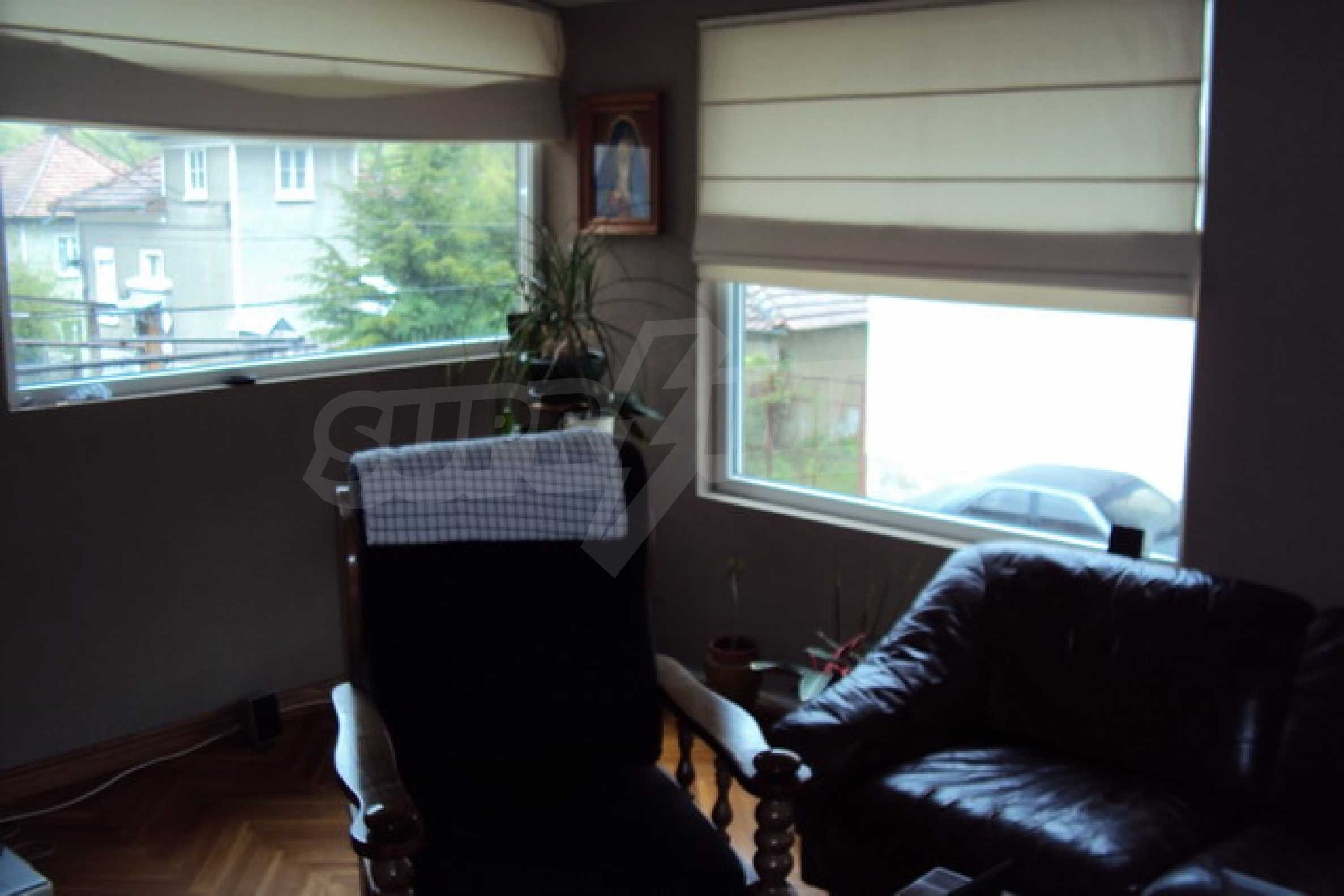 Fully furnished town house  13