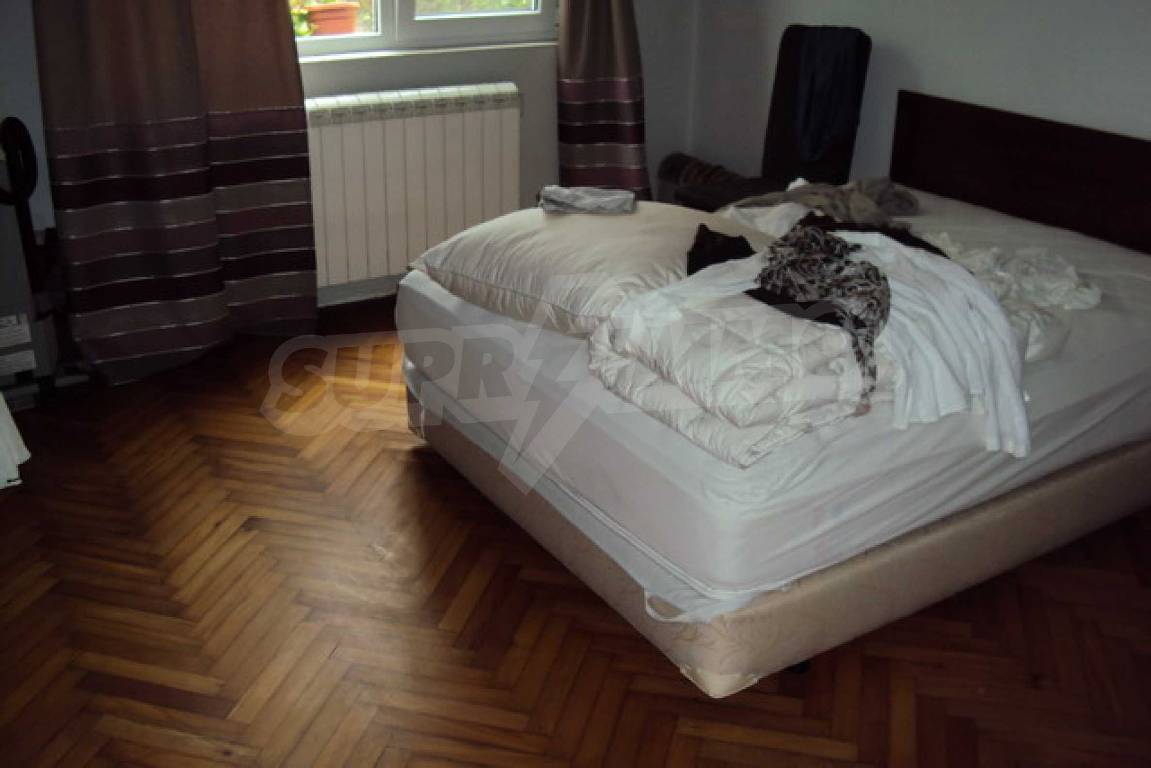 Fully furnished town house  19