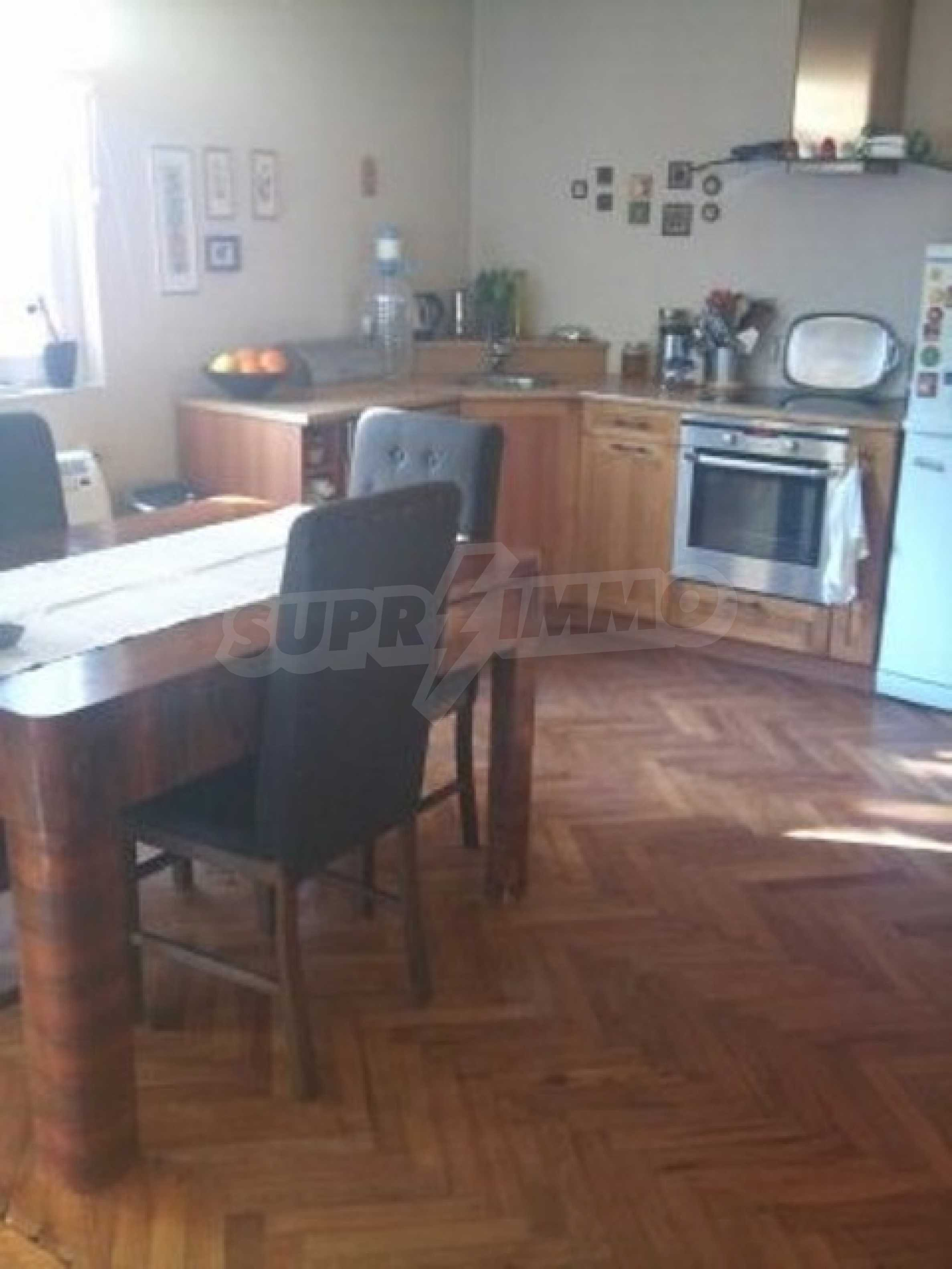 Fully furnished town house  4