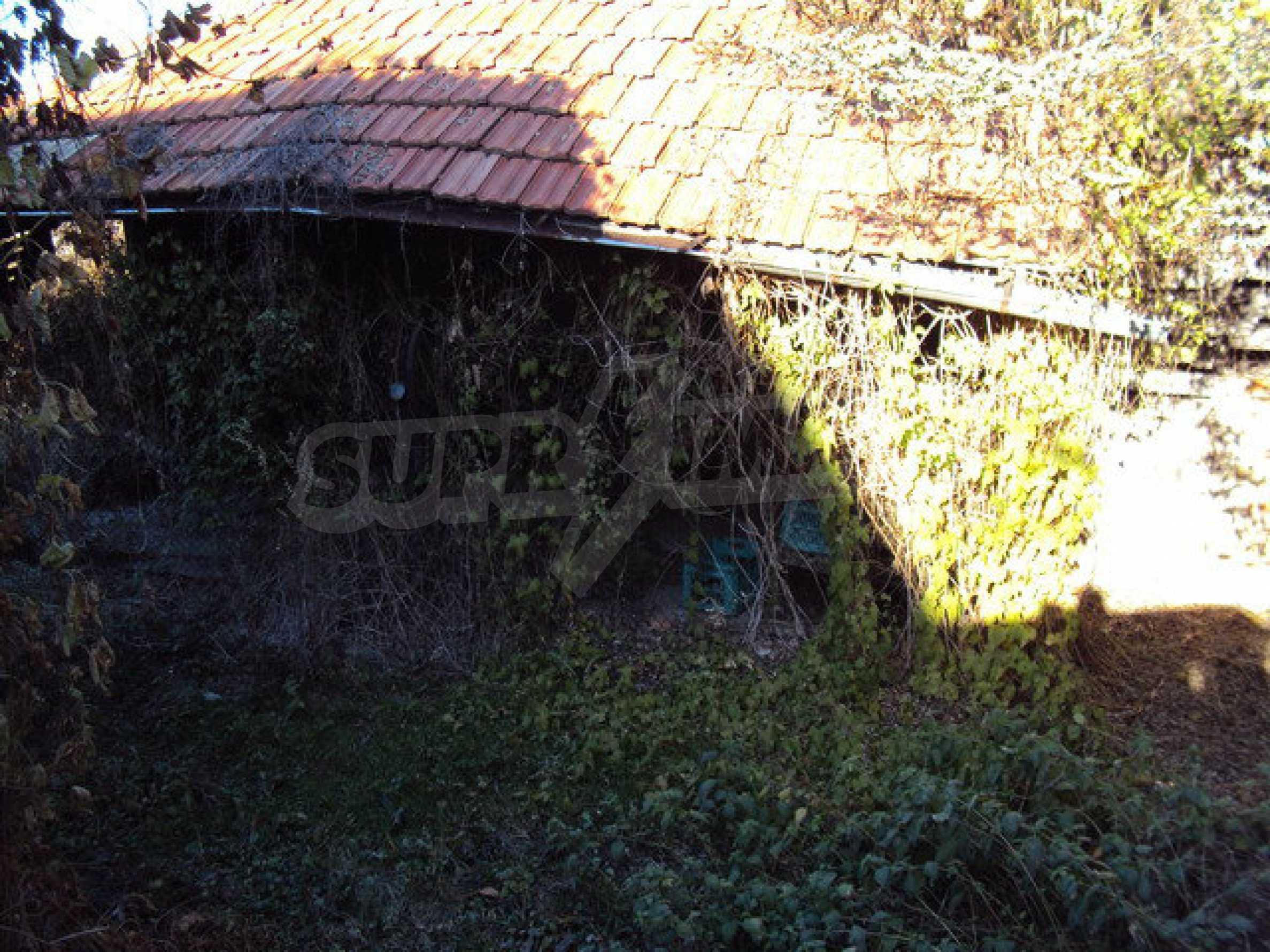 Къща с двор в село на 25 км. от Велико Търново 28