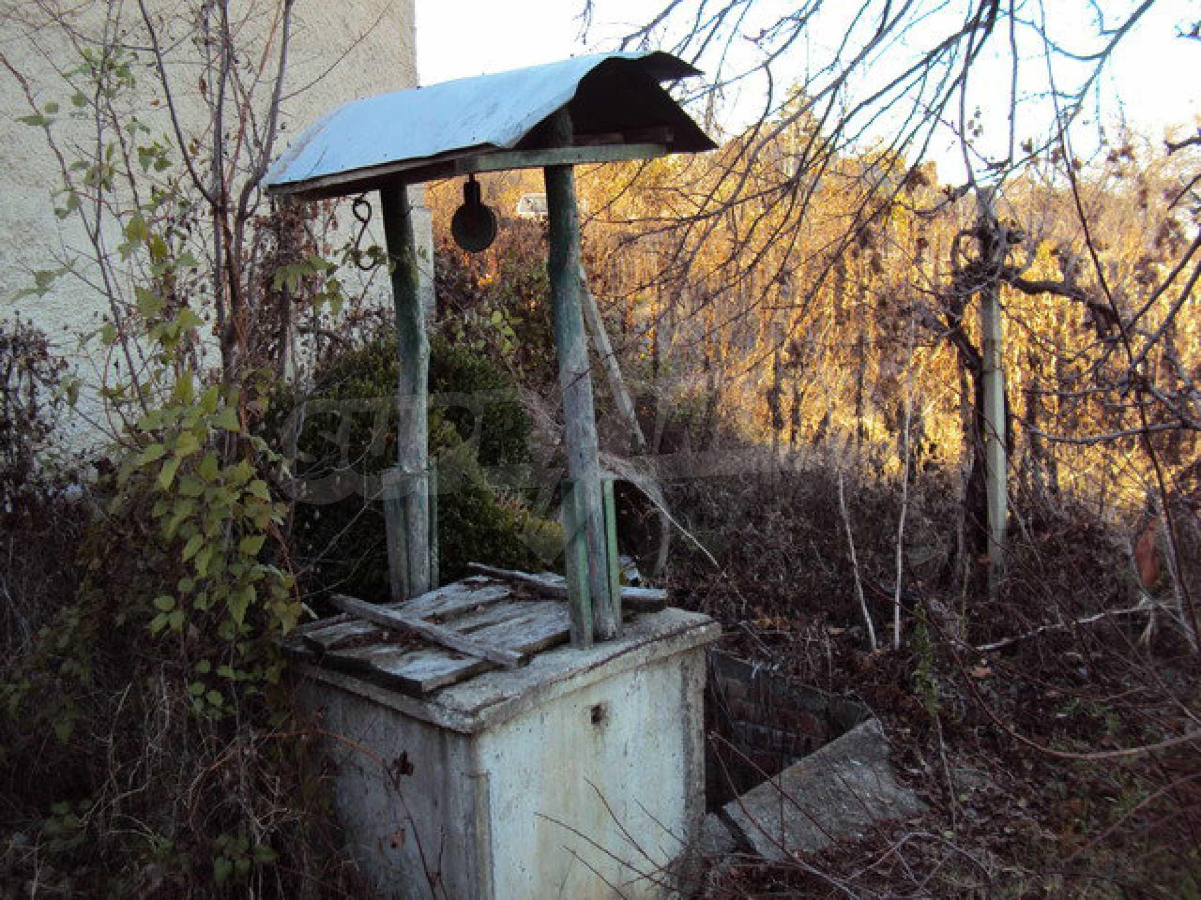 Къща с двор в село на 25 км. от Велико Търново 7