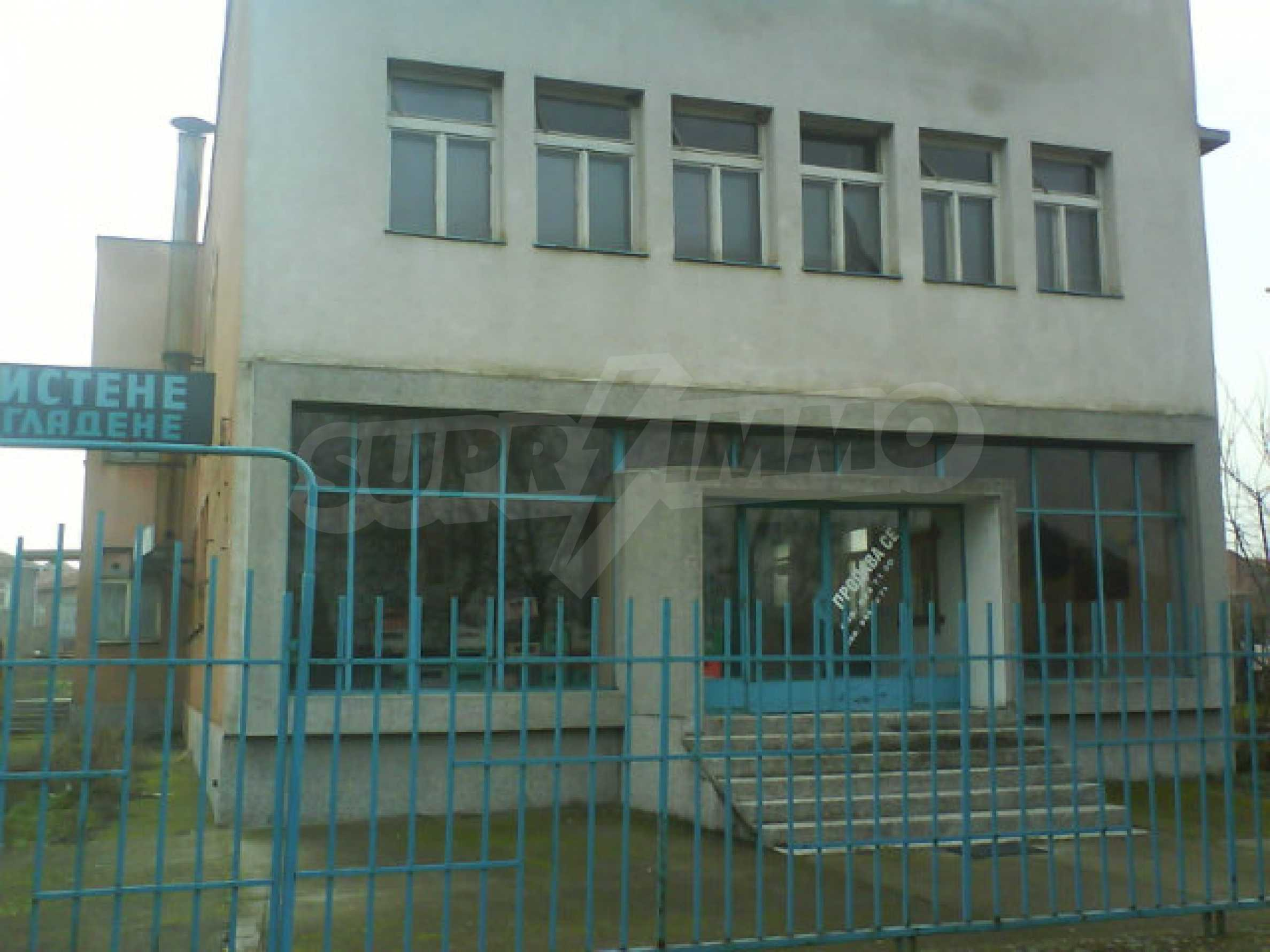 Производствена сграда за продажба в гр. Любимец 2